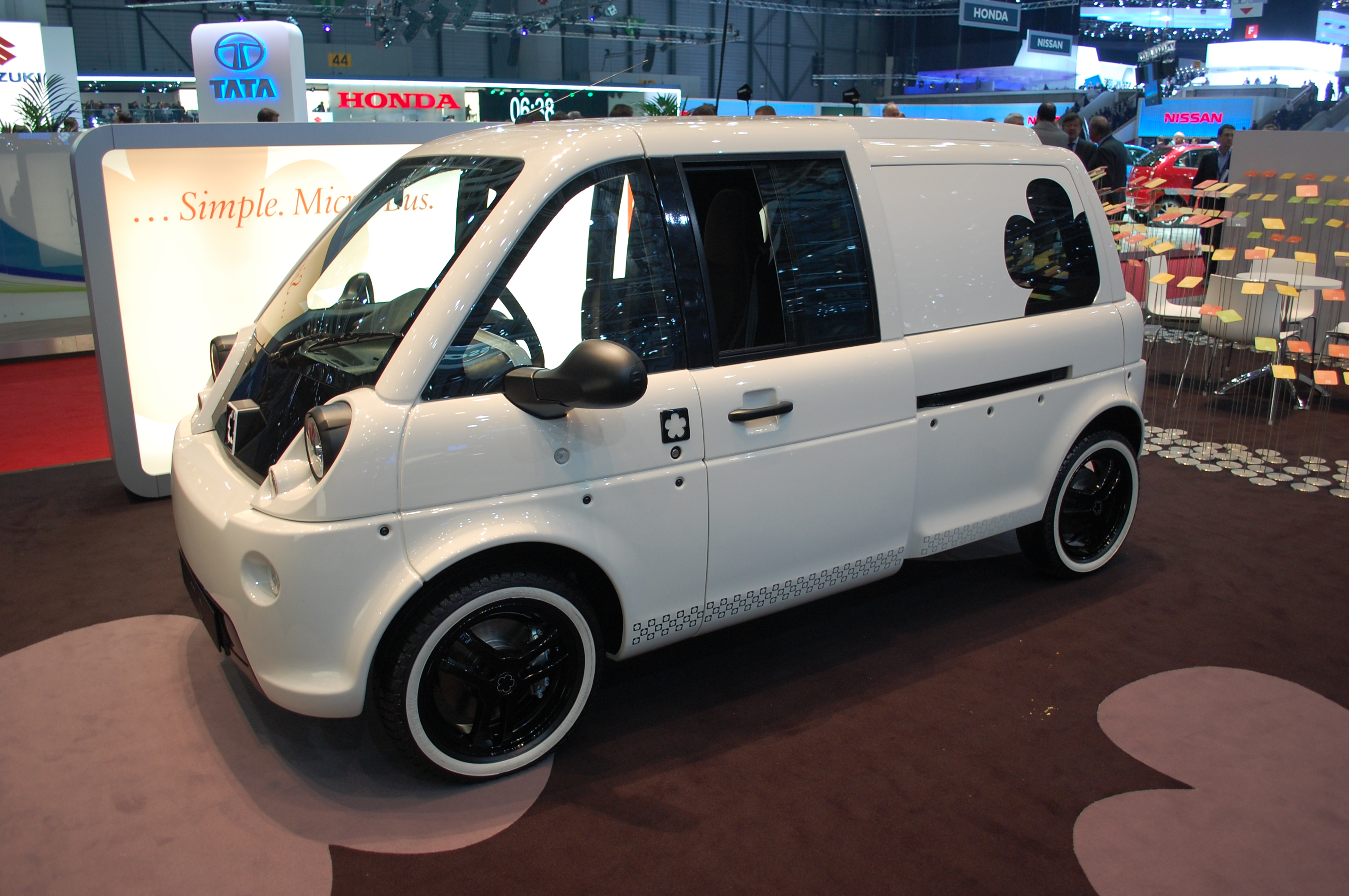 2012 mia electric microbus first drive report. Black Bedroom Furniture Sets. Home Design Ideas
