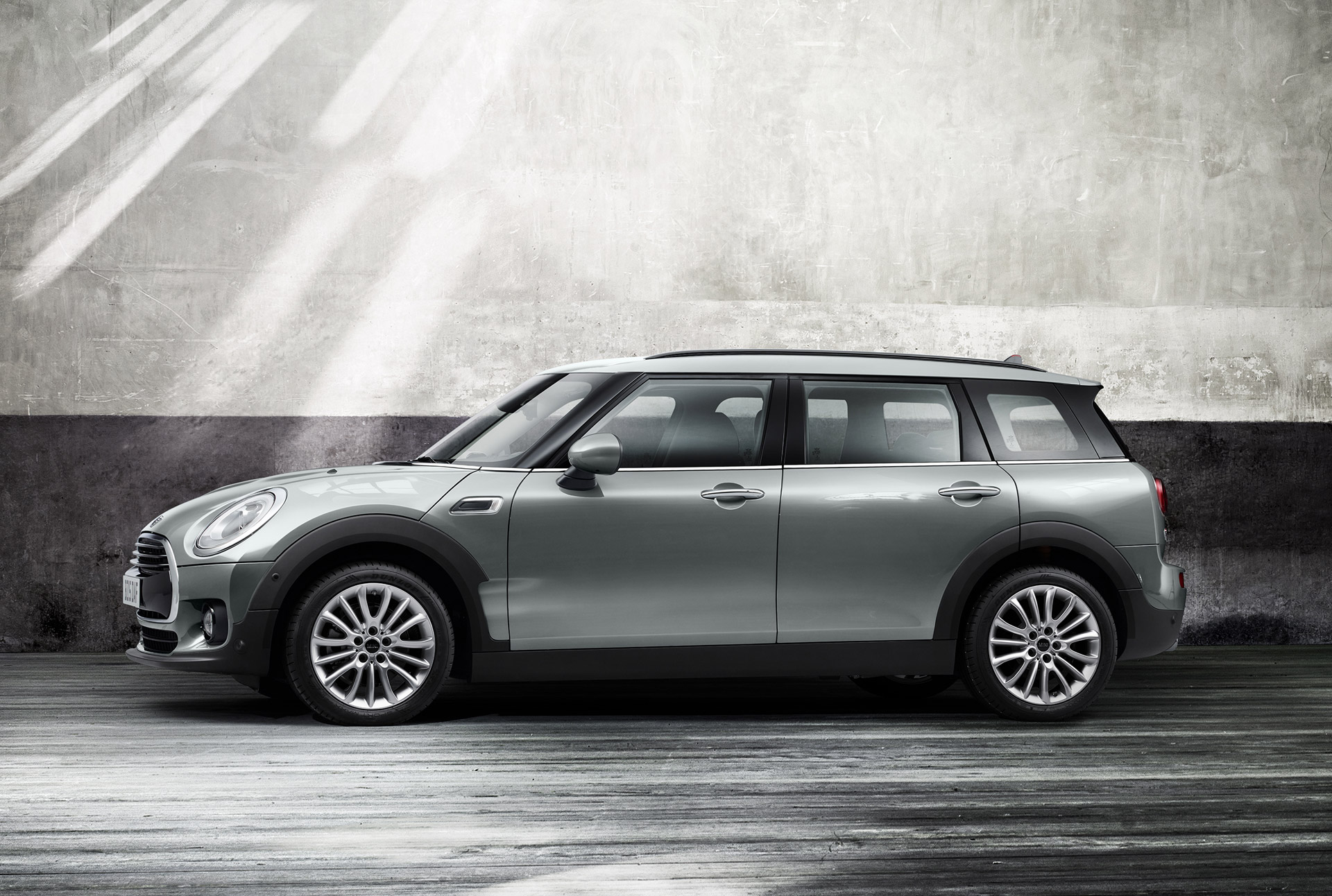 2016 mini clubman first drive review. Black Bedroom Furniture Sets. Home Design Ideas