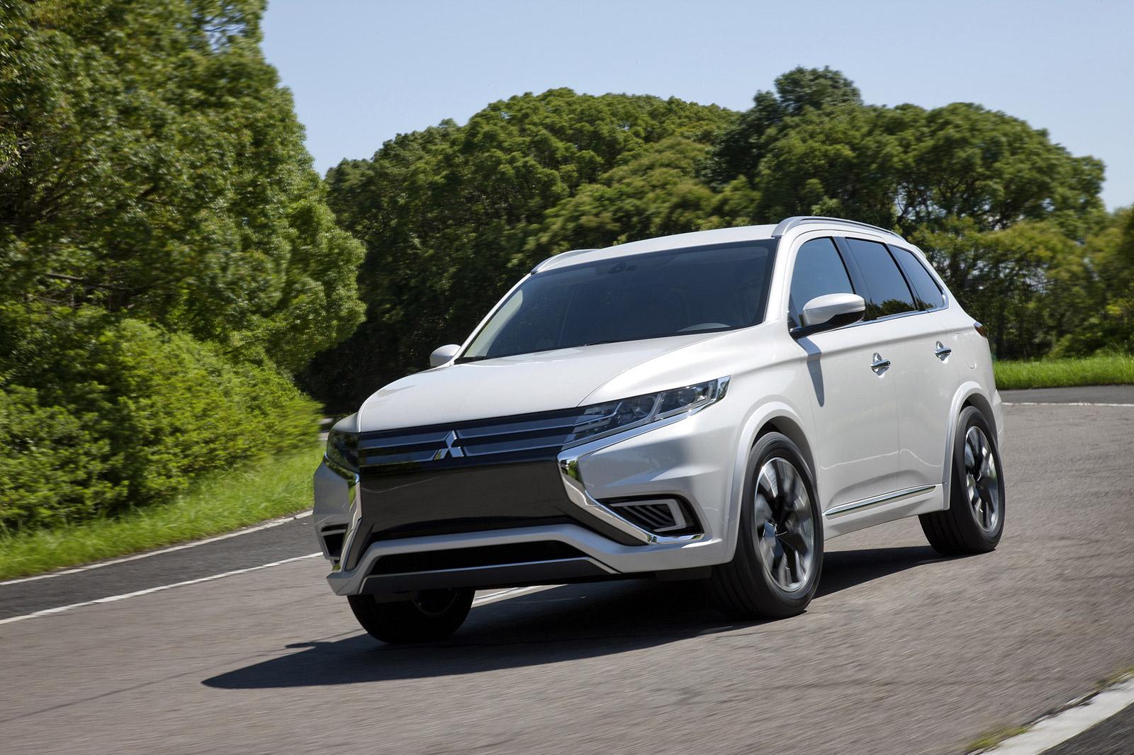 autoguide outlander consumer mitsubishi news review com manufacturer se
