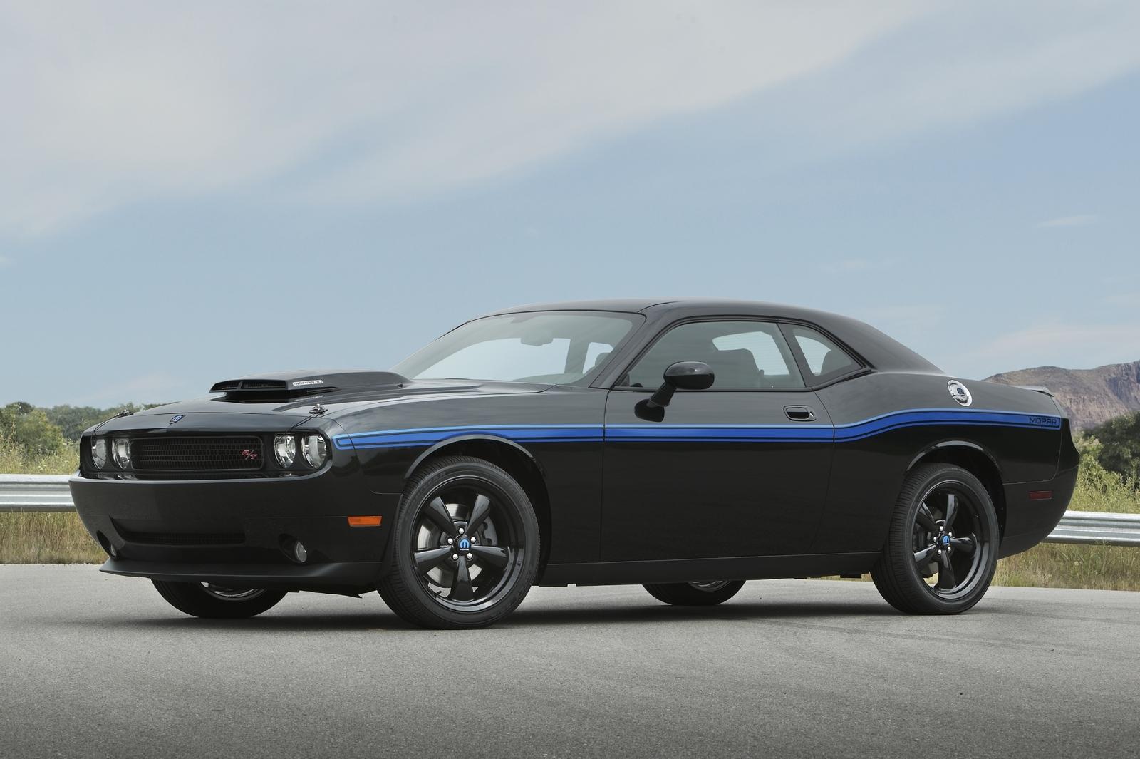 Dodge reveals Mopar \'10 Challenger