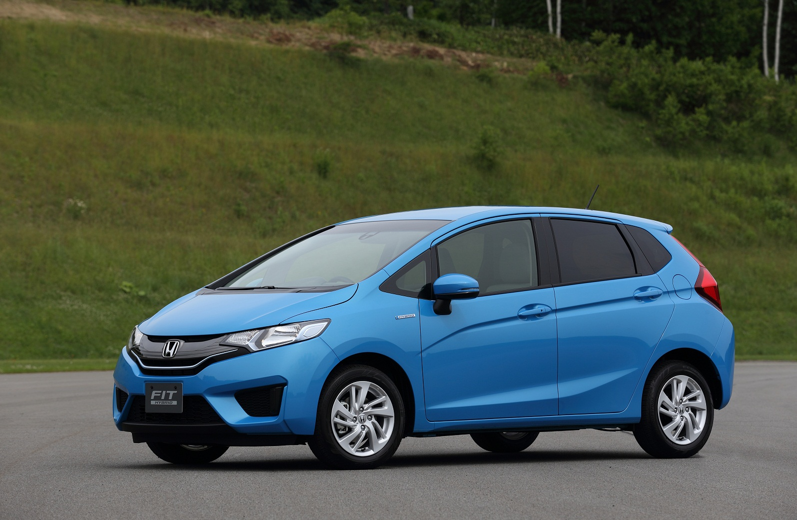 All-New 2015 Honda Fit Appears, Hybrid Model Too (Not For U.S., Though?)