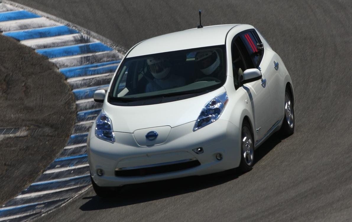 Nissan Leaf Forum >> Nissan Leaf Turns Laps At Laguna Seca Video