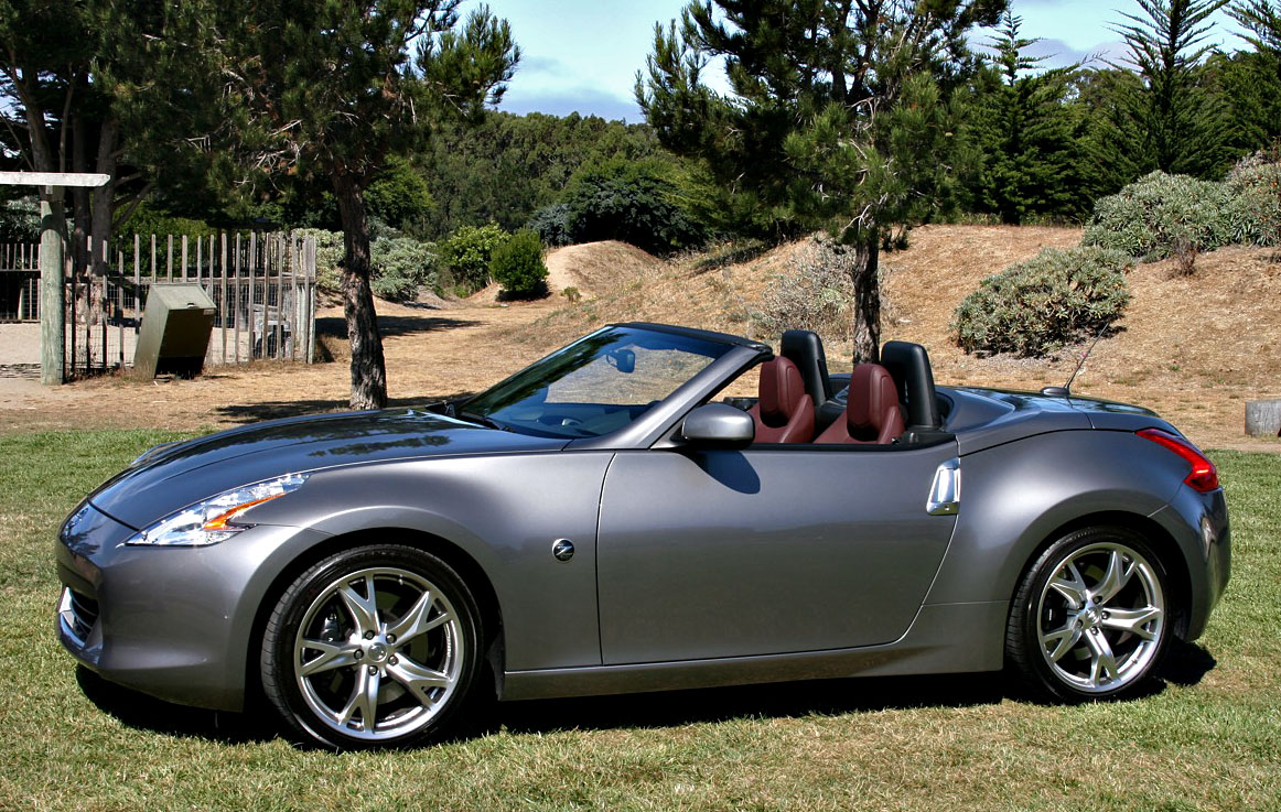 2010 nissan 370z roadster first drive review. Black Bedroom Furniture Sets. Home Design Ideas
