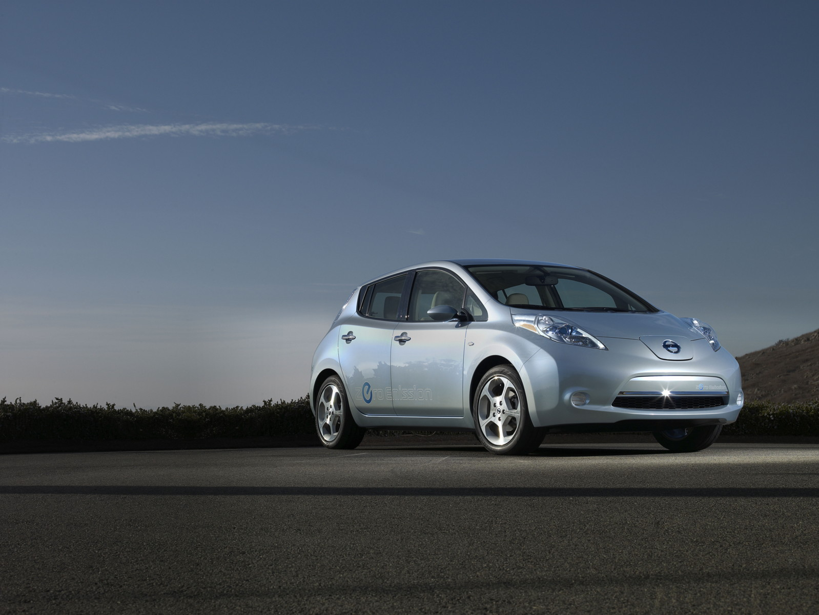 Third Factory For 2011 Nissan Leaf Production Is Smart Move In EV ...