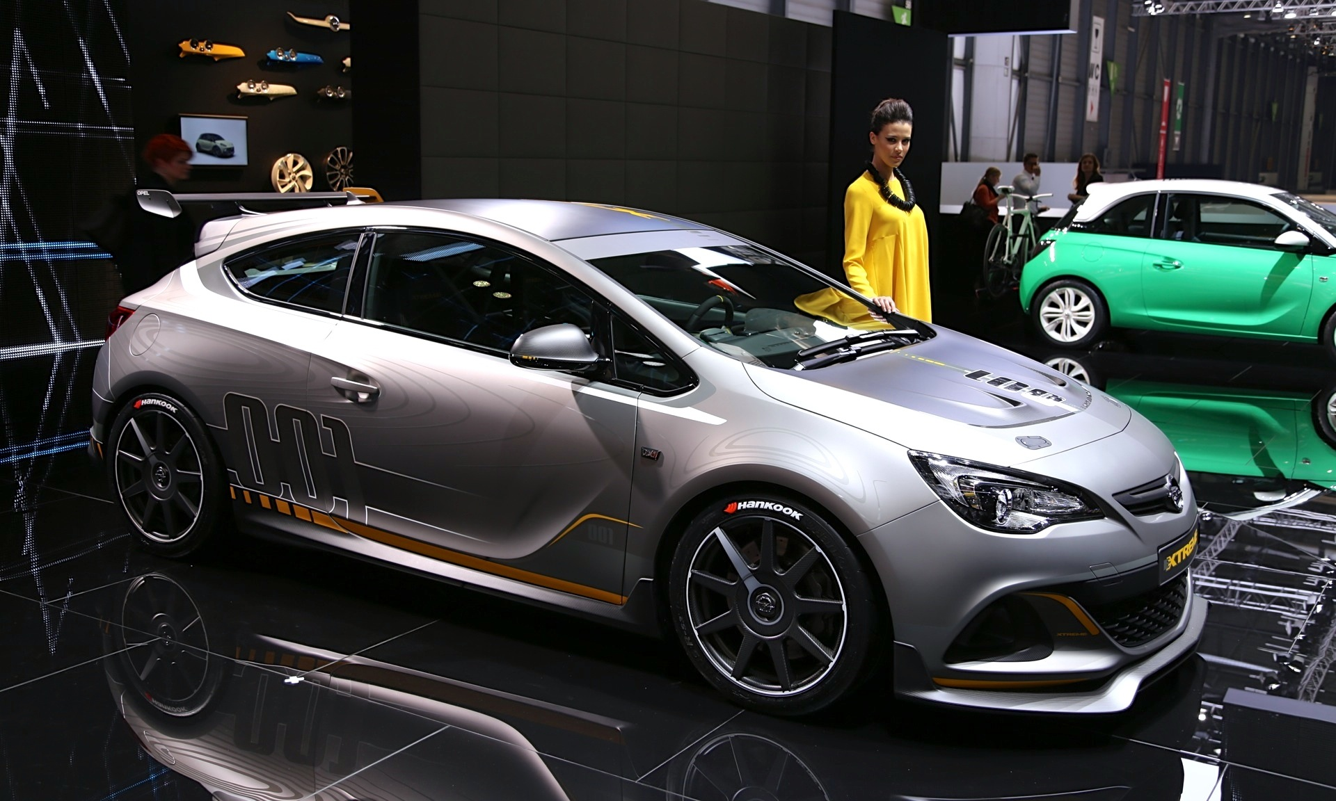 Opel Astra H Interior >> Opel Astra OPC Extreme Road-Going Racer: Live Photos And Video From Geneva