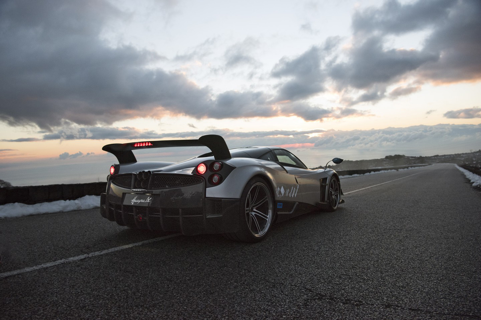 Pagani Looking For Light Weight Possible Manual Transmission In Future Electric Car