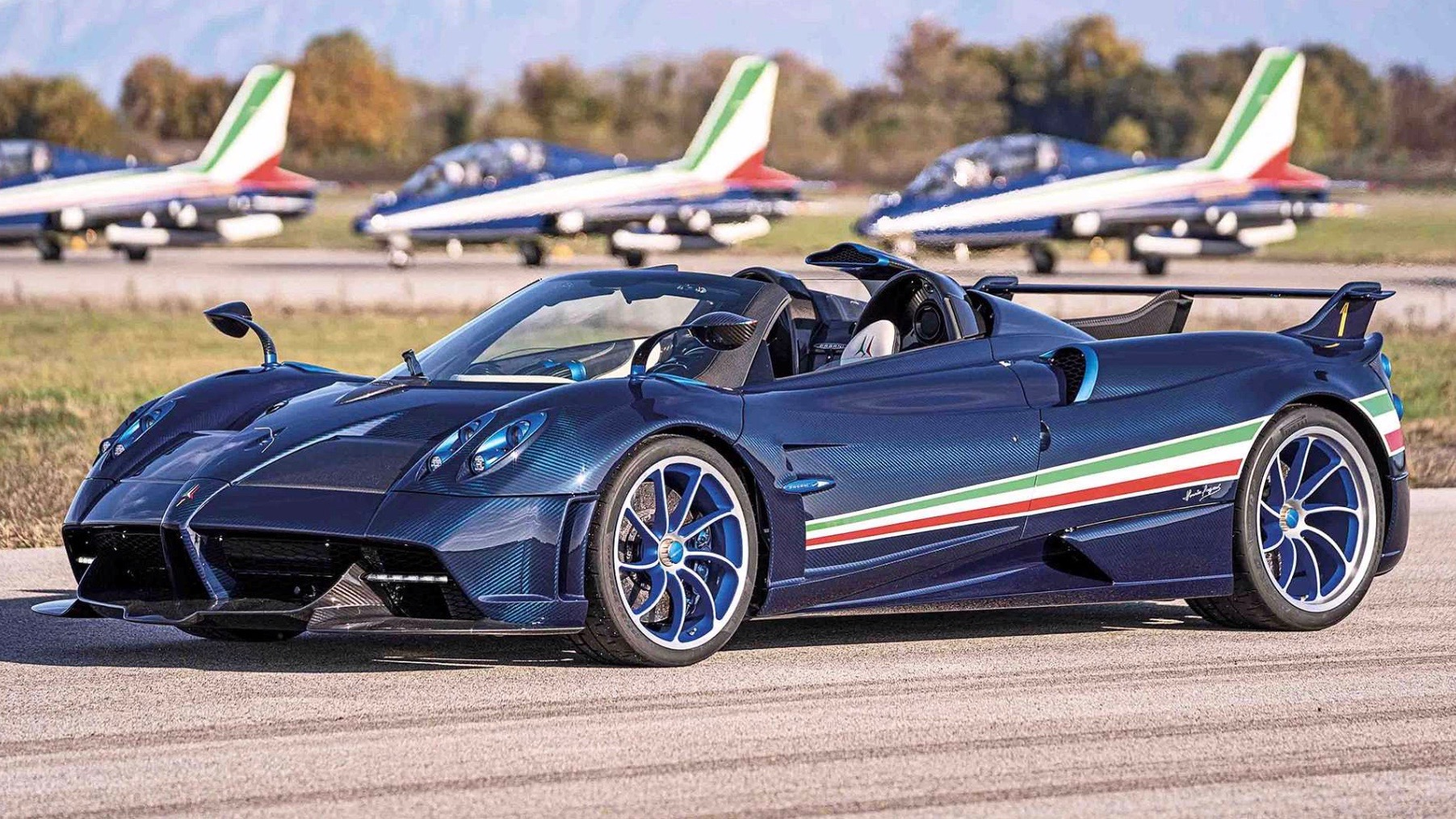 Pagani Huayra Tricolore is an 829-horsepower expression of national pride