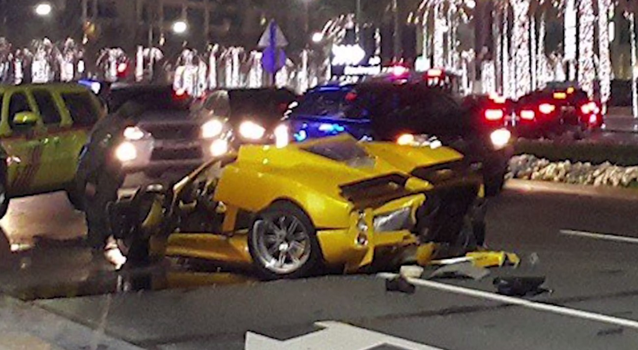 Pagani Zonda F Destroyed In Dubai Crash Video