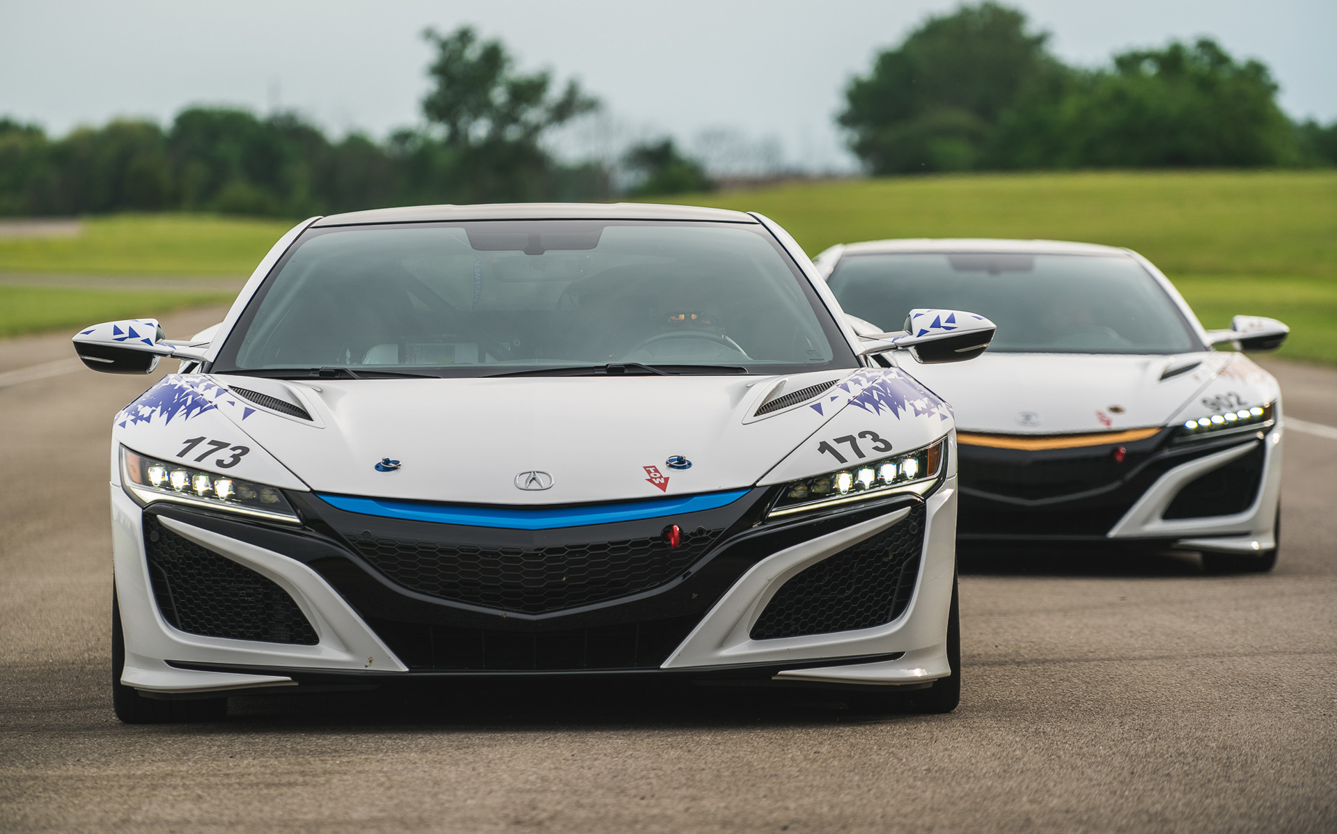 All-electric Acura NSX to tackle 2016 Pikes Peak Hill Climb