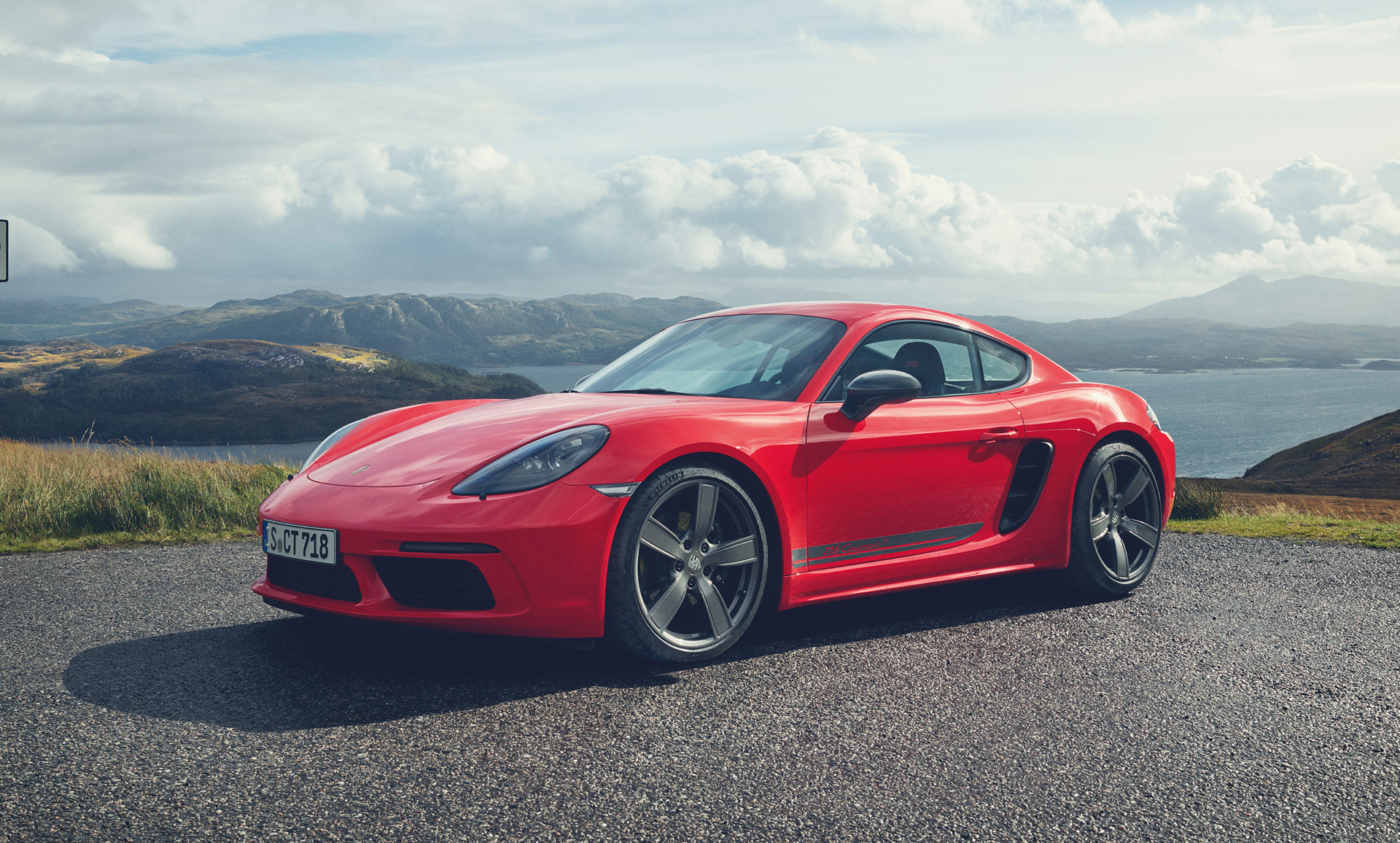 2019 Porsche 718 Review Ratings Specs Prices And Photos The Car Connection