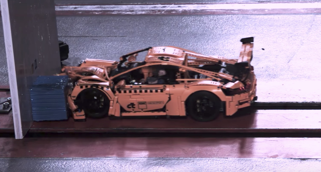 the beauty and horror of a lego porsche 911 gt3 rs crash test. Black Bedroom Furniture Sets. Home Design Ideas