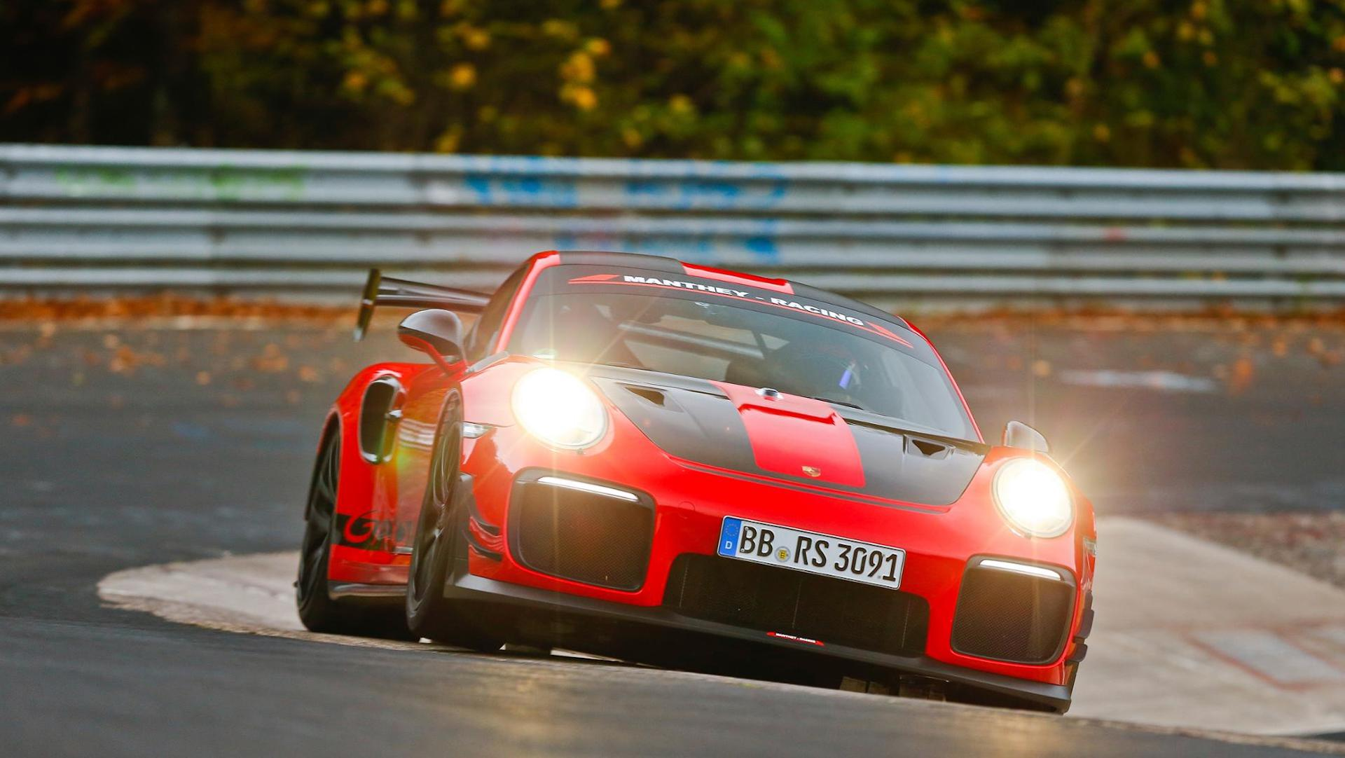 Porsche Sets 6 40 3 Nürburgring Record With Modified Street Legal 911 Gt2 Rs Mr