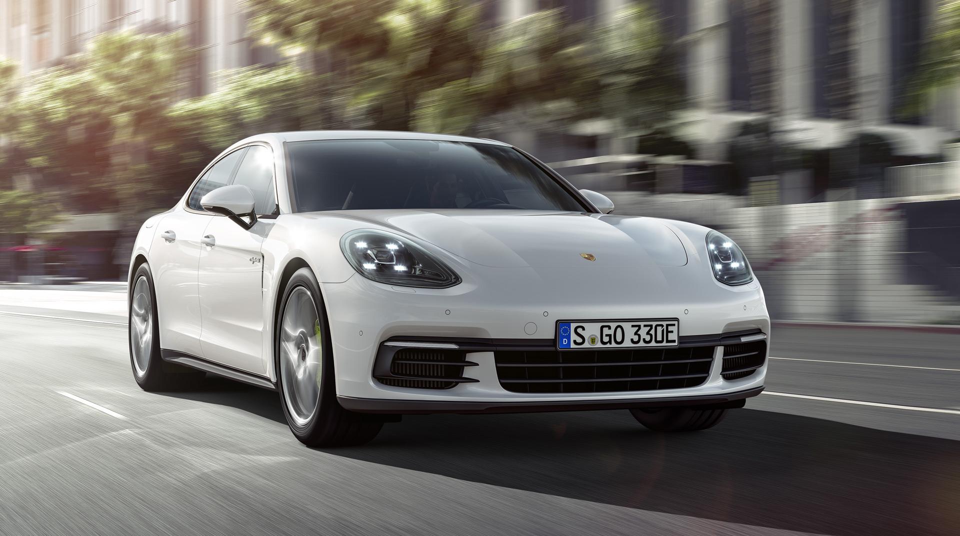 2018 Porsche Panamera 4 E Hybrid 462 Hp 0 60 In S 31 Mi Electric Range