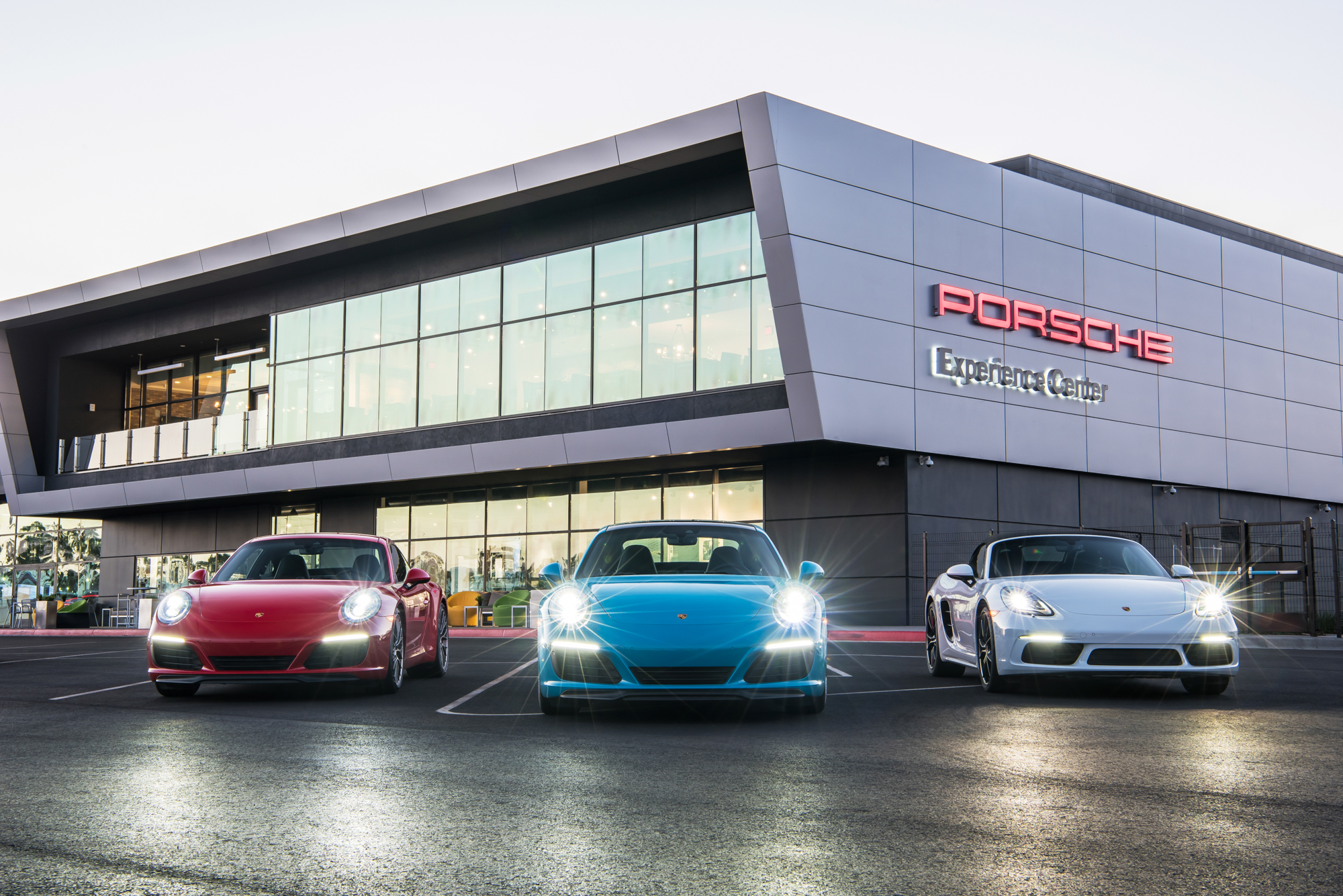 Porsche Experience Center >> Porsche Opens Experience Center And Motorsports Hq In La