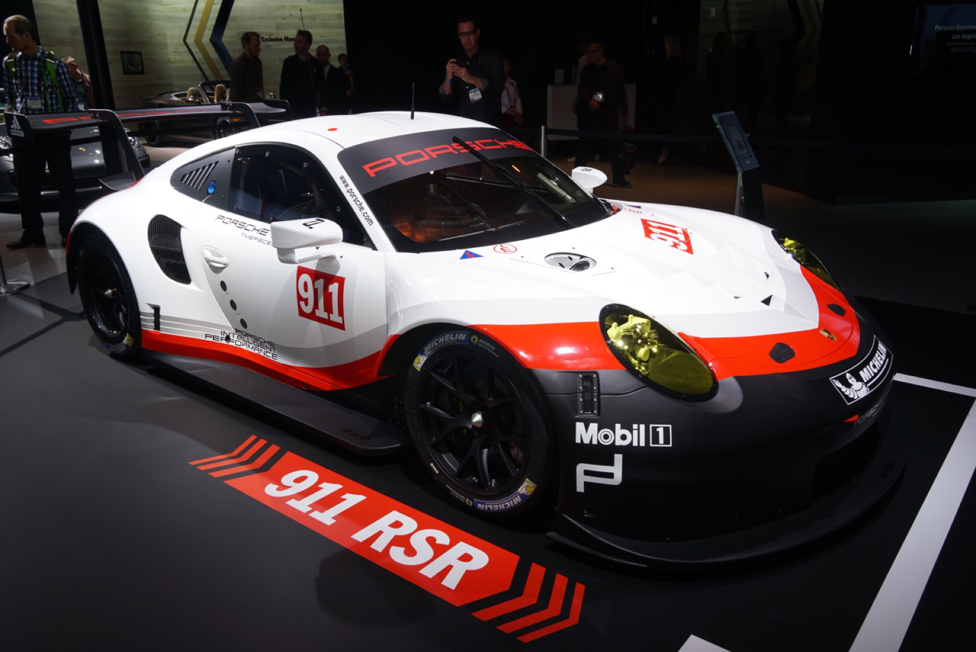 Porsche 911 finally adopts mid-engine layout with 2017 RSR