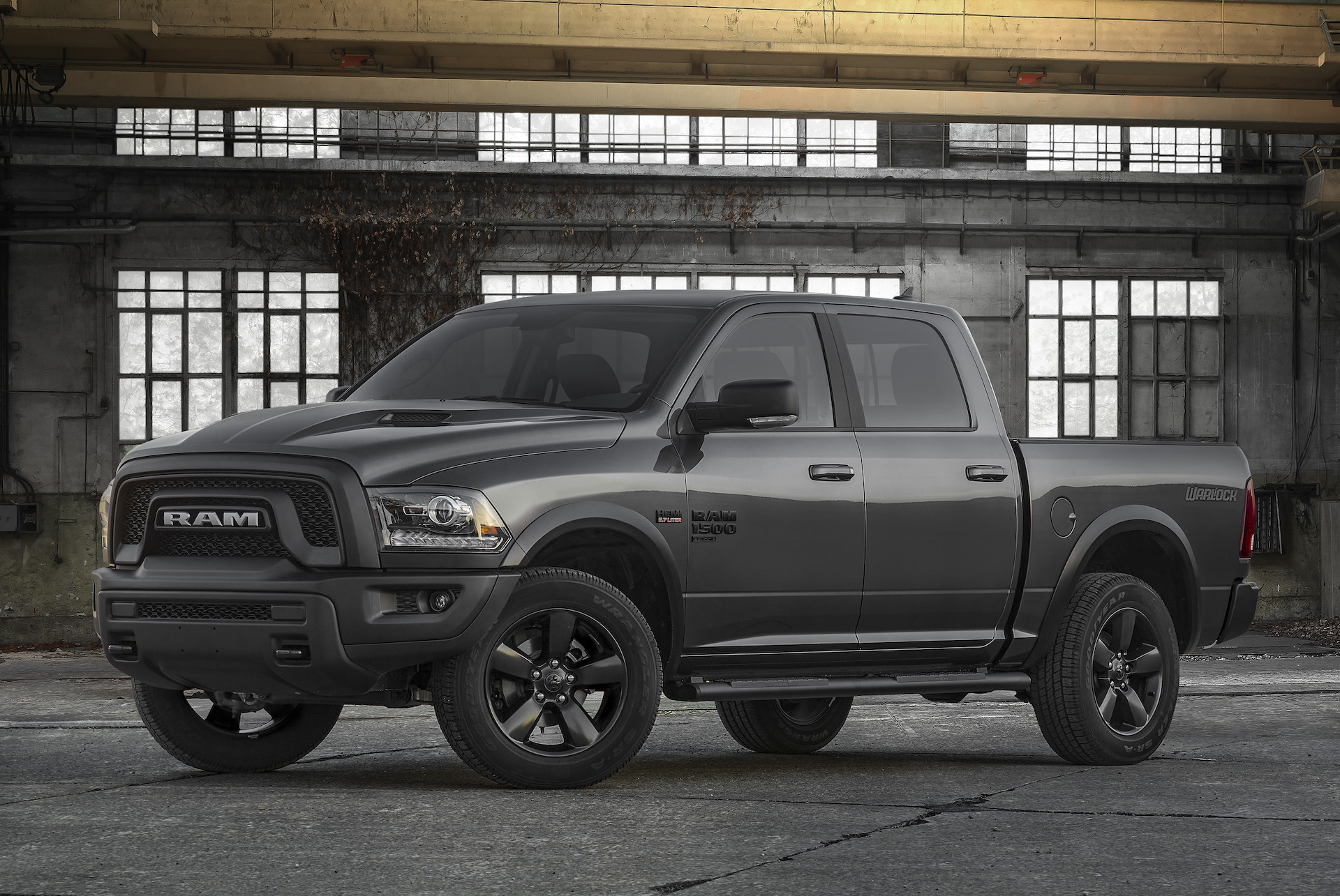 2019 Ram 1500 Redesign >> 2019 Ram 1500 Classic Warlock Fights For Pickup Truck Buyers