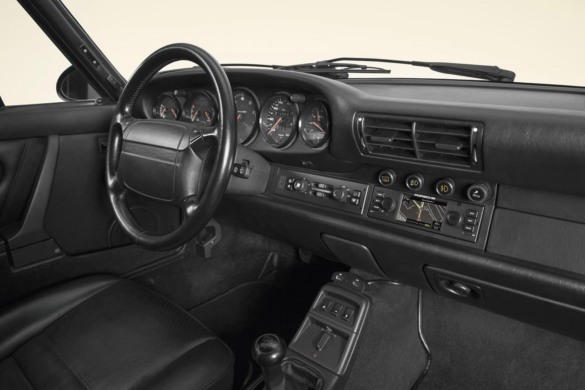 Porsche Classic Develops Uber Cool Retrofit Gps Radio For