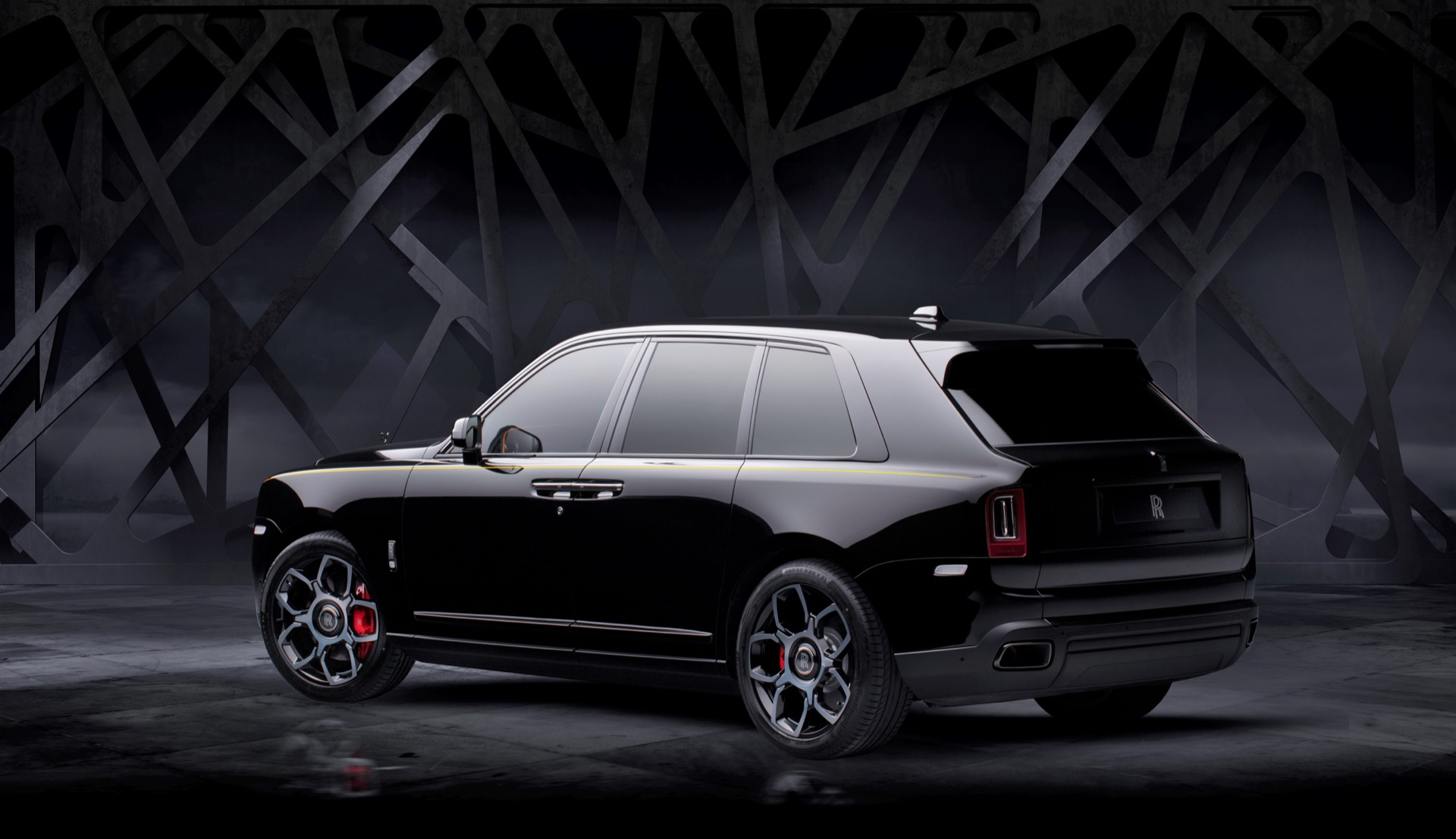 More Powerful Rolls Royce Cullinan Black Badge Dark Modes The Luxury Suv