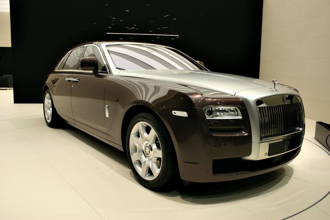 Rolls-Royce Ghost Goes Green(ish)