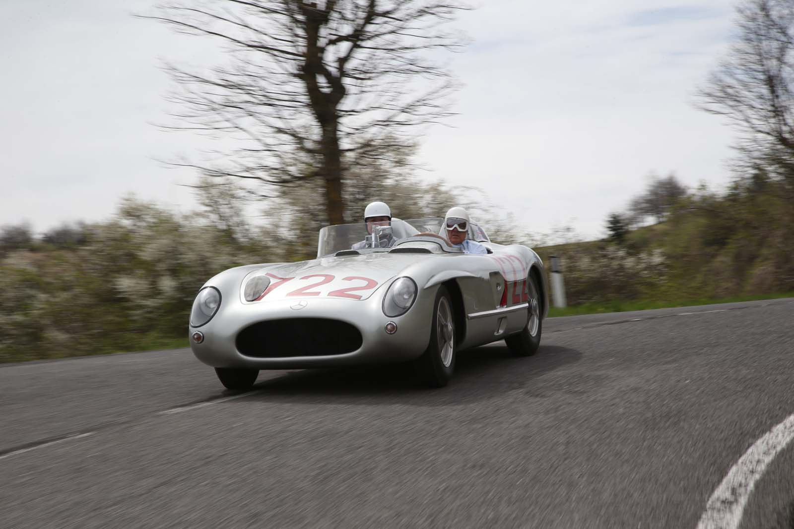 Mercedes-Benz To Honor Sir Stirling Moss At Pebble Beach With Two Cars