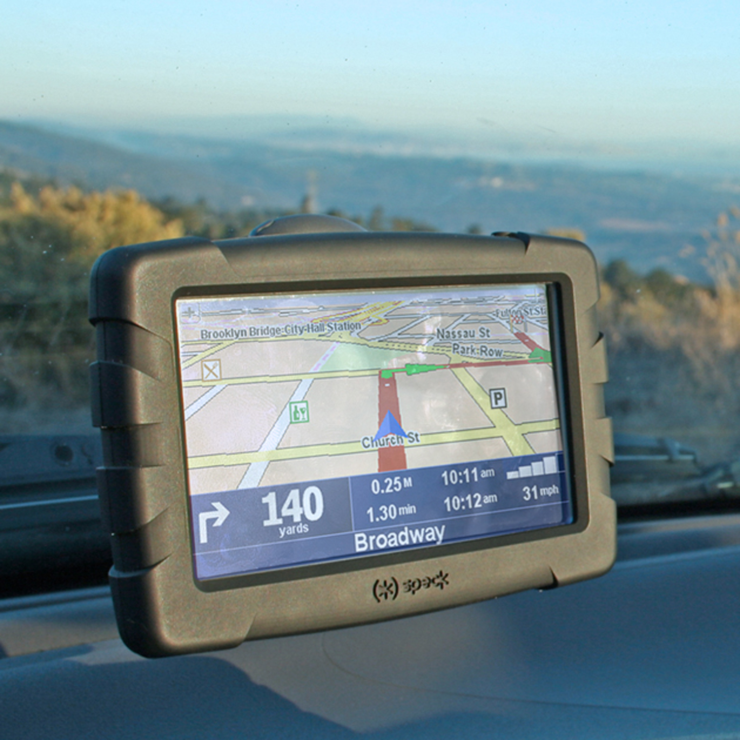 TomTom Offers Roadside Assistance To Users Of IPhone App
