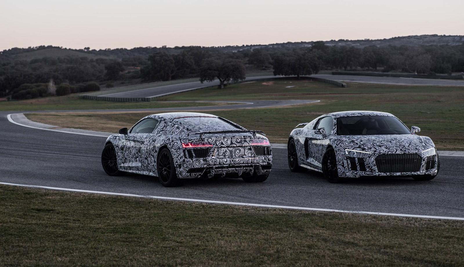 2016 Audi R8, 2015 Aston Martin Vantage GT3, Infiniti QX30 Concept: This Week's Top Photos