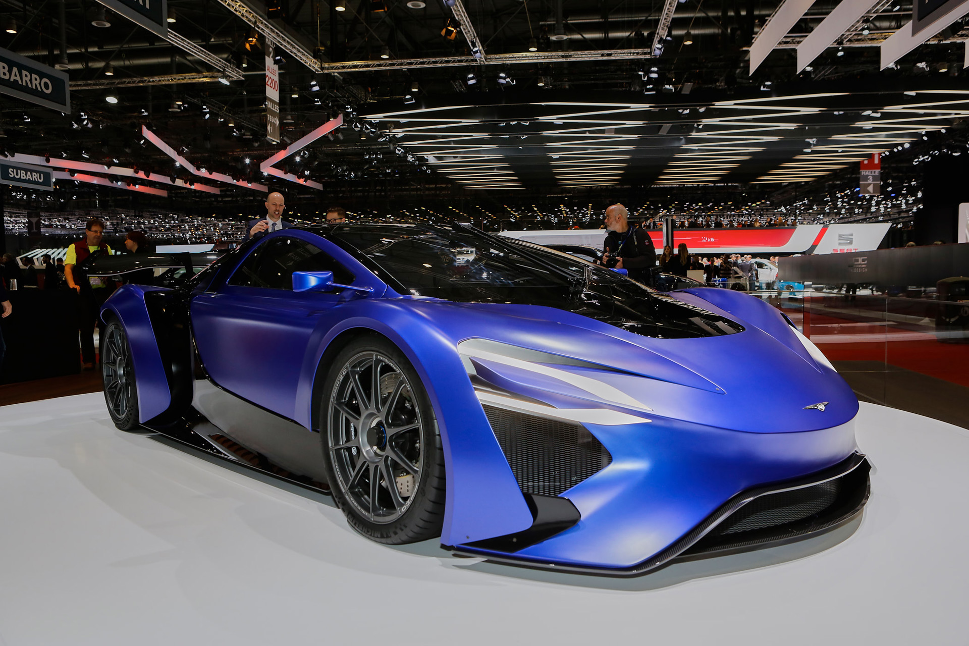 China S Techrules Unveils Turbine Equipped Electric Supercar