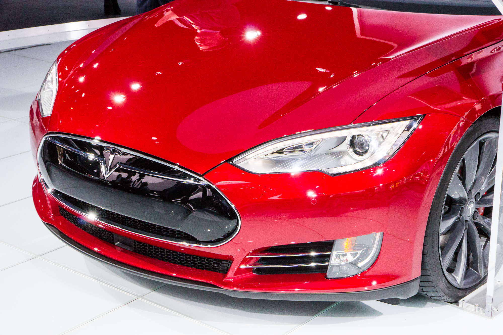 Will Future Tesla Model S Top Toyota Mirais 312Mile Range
