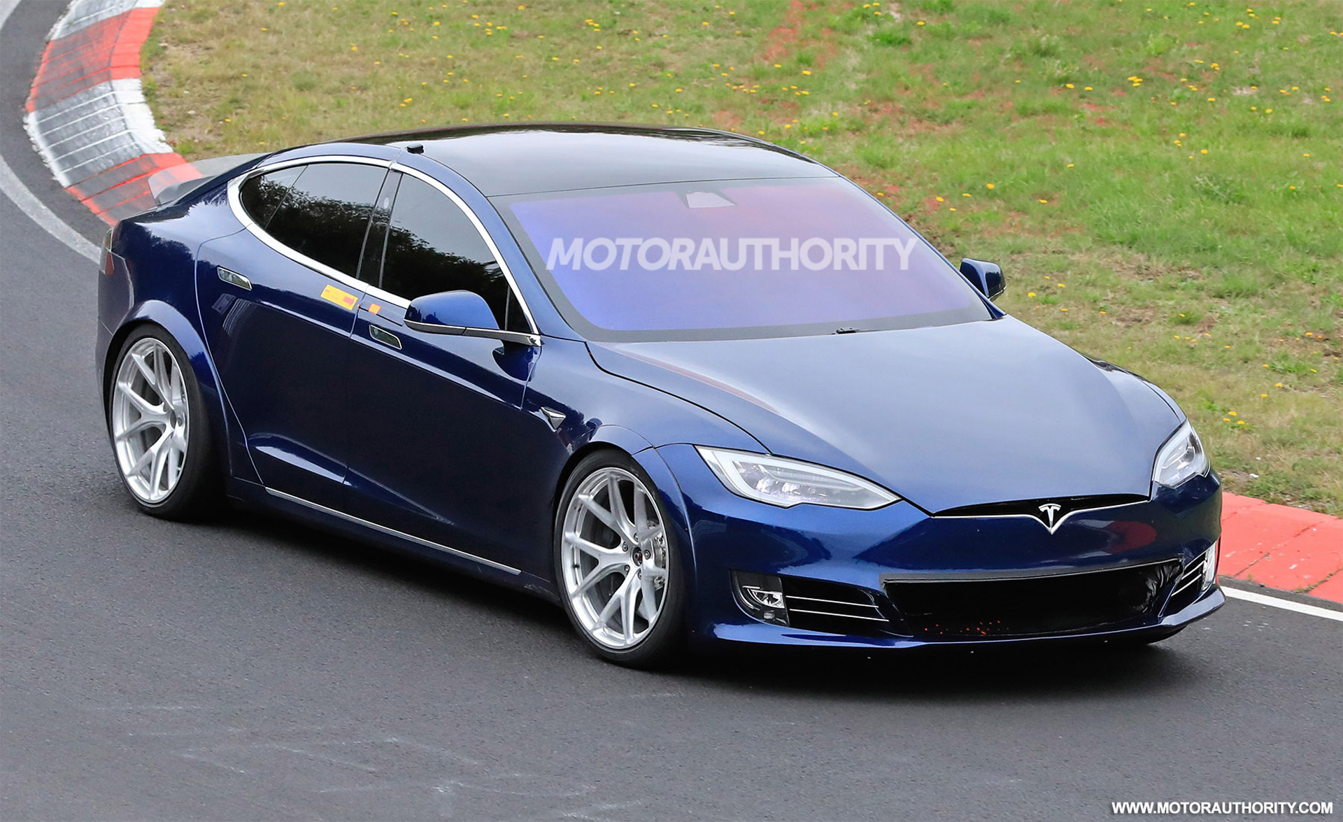 Tesla Model S Plaid Obliterates Porsche Taycan's Nurburgring Record