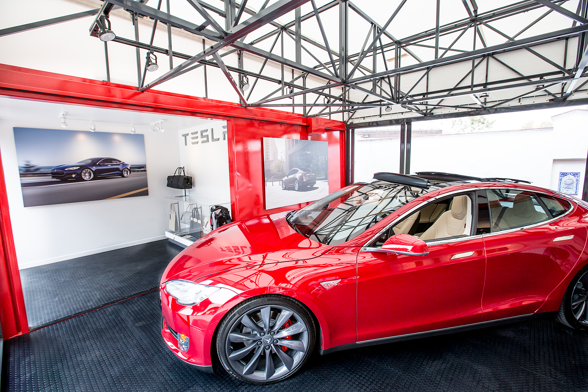 The History Of Tesla Motors And Its Electric Cars In Only
