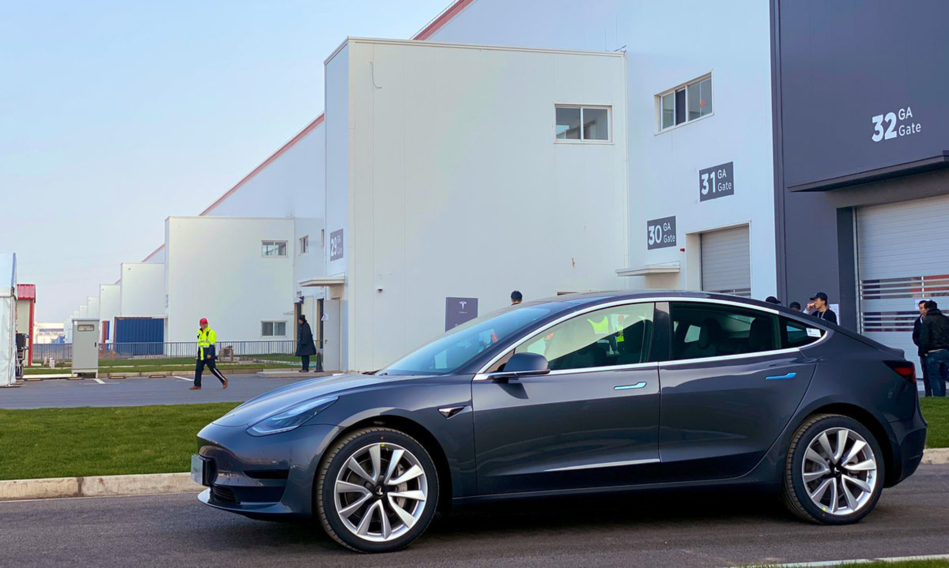 Report: Tesla considering battery format change in China