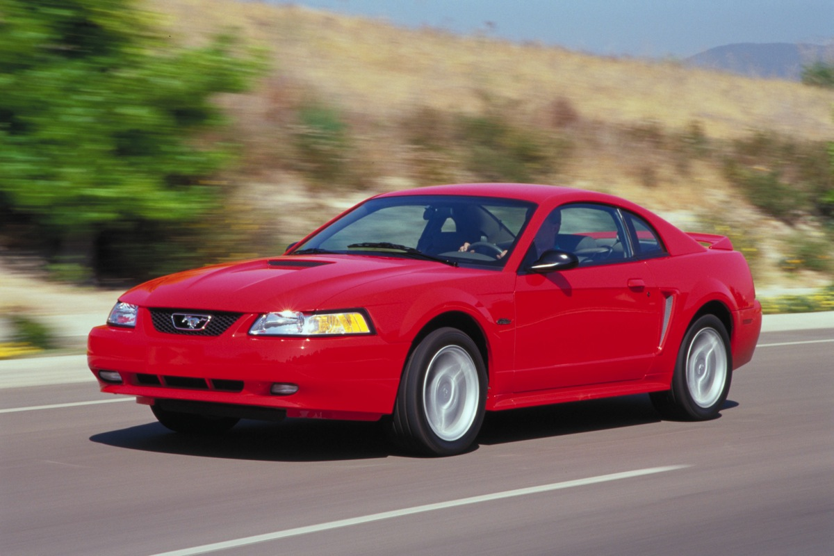 nicb report reveals most stolen ford mustangs. Black Bedroom Furniture Sets. Home Design Ideas