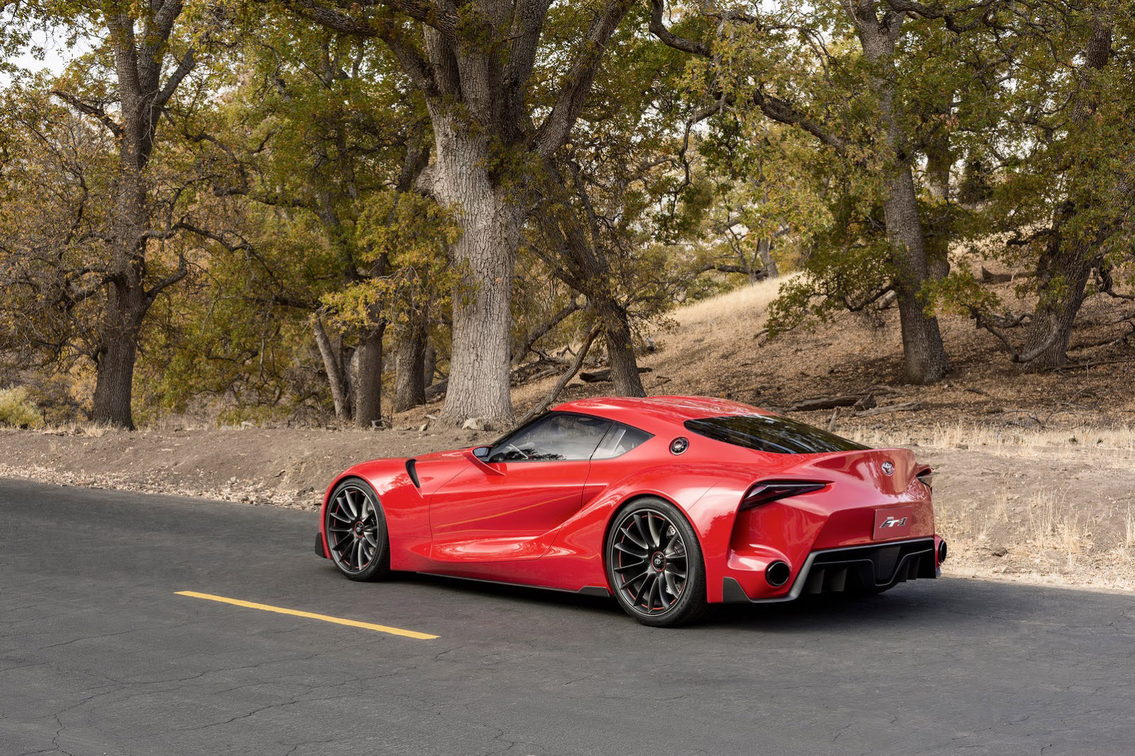 2017 Nissan GT-R, 2017 Porsche Macan GTS, next Toyota Supra: The Week In Reverse