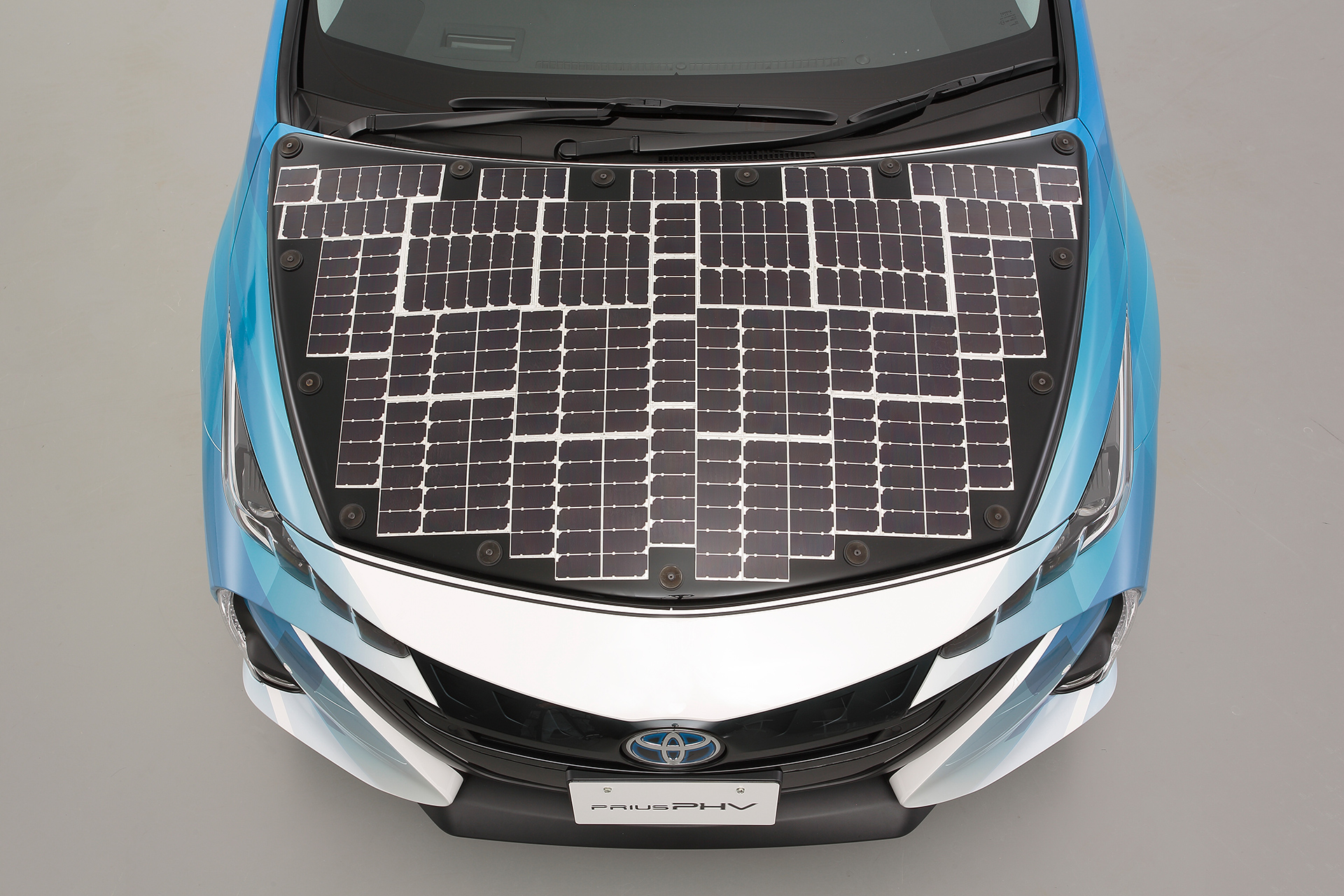 Would Solar Cells Add Value To Your Ev Take Our Twitter Poll
