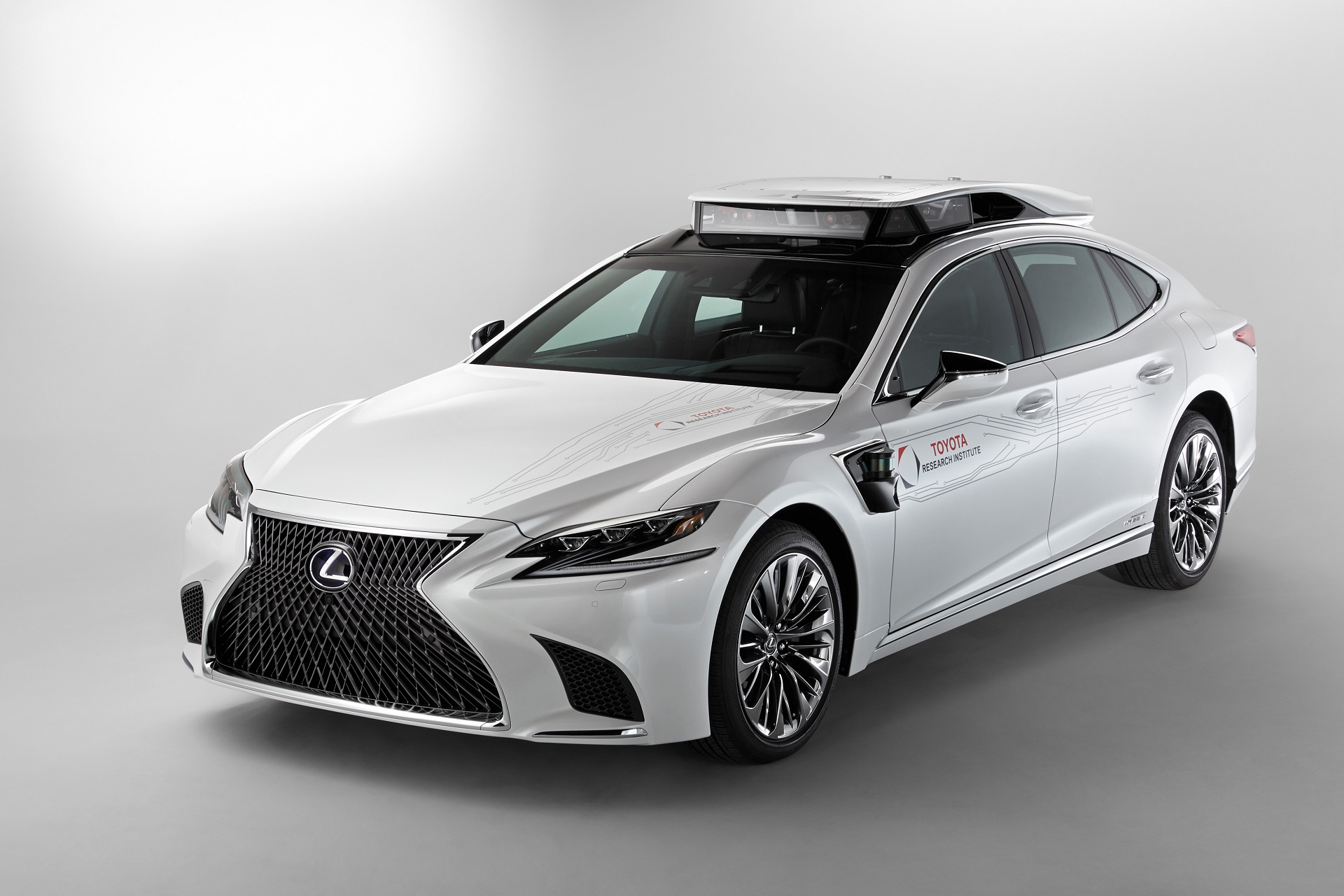 Toyota S Newest Self Driving Test Car Is A Lexus Ls Luxury Sedan