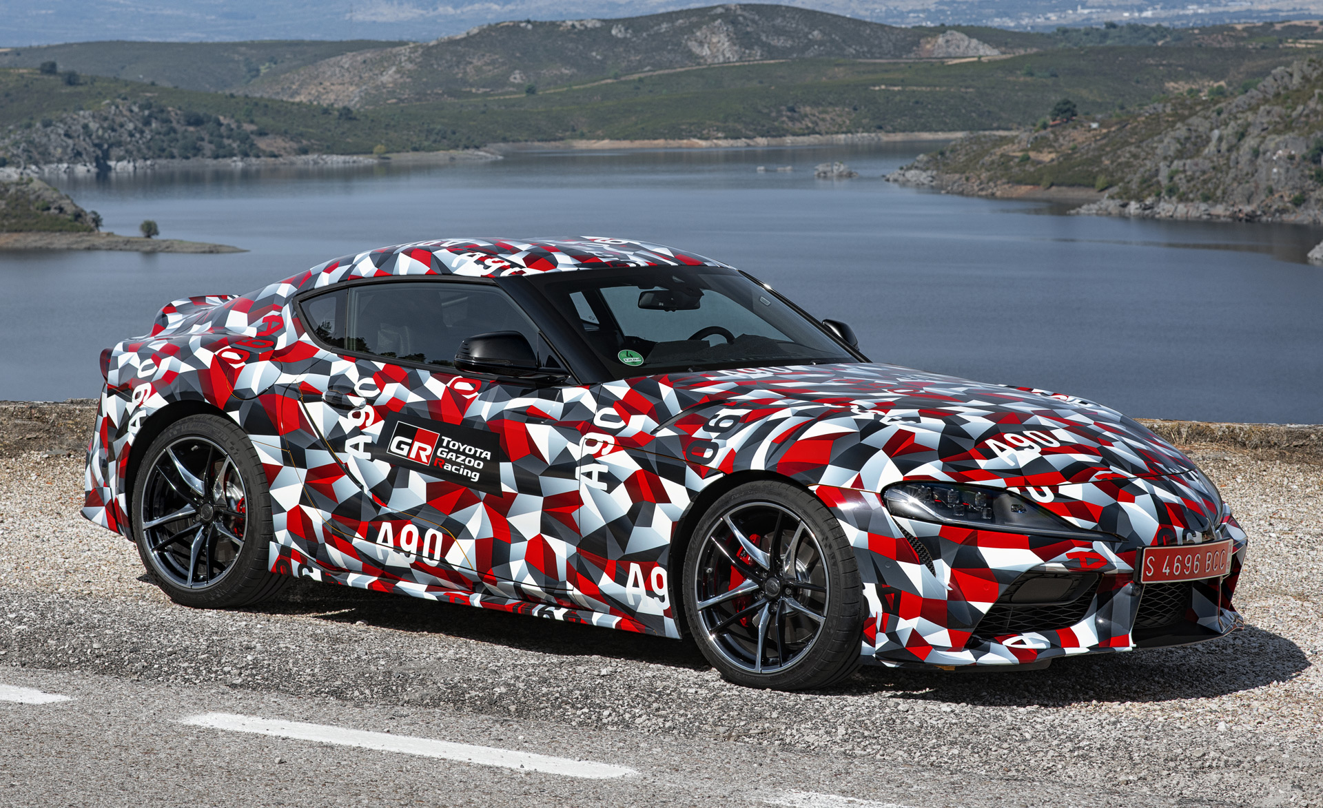 407160b543 New Toyota Supra could get manual transmission, but not in US