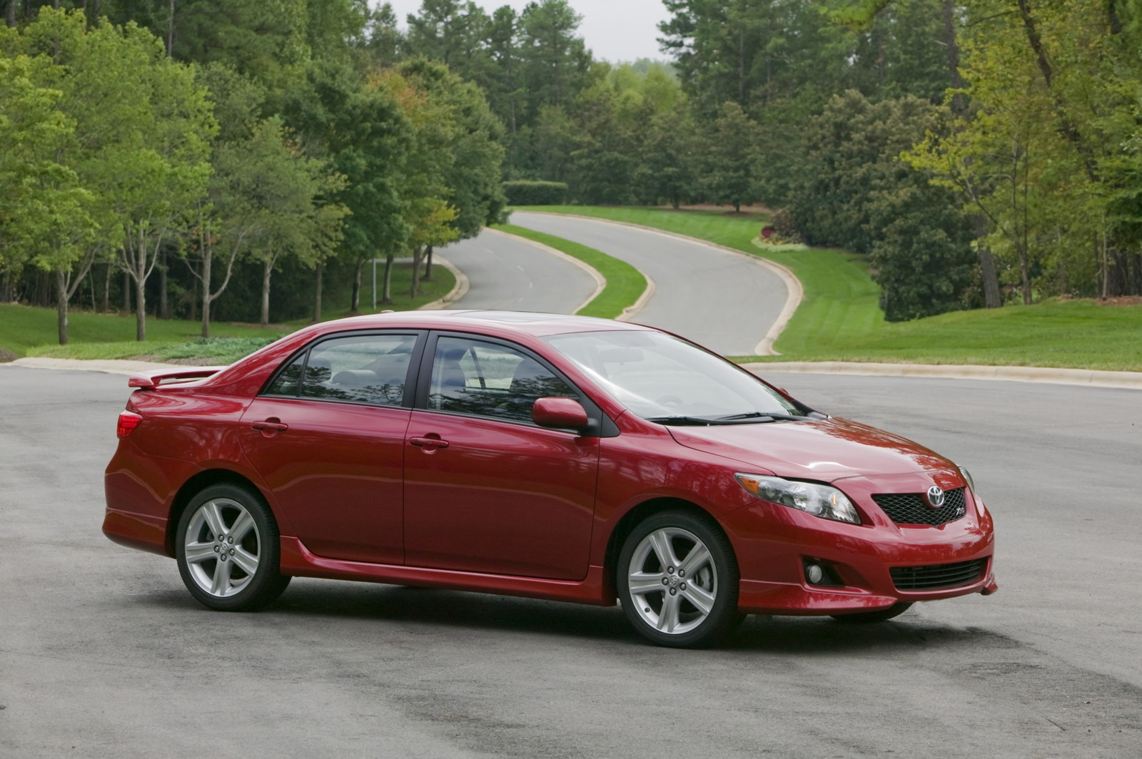 2005 Toyota Corolla Mpg >> 2010 Toyota Corolla Review Ratings Specs Prices And