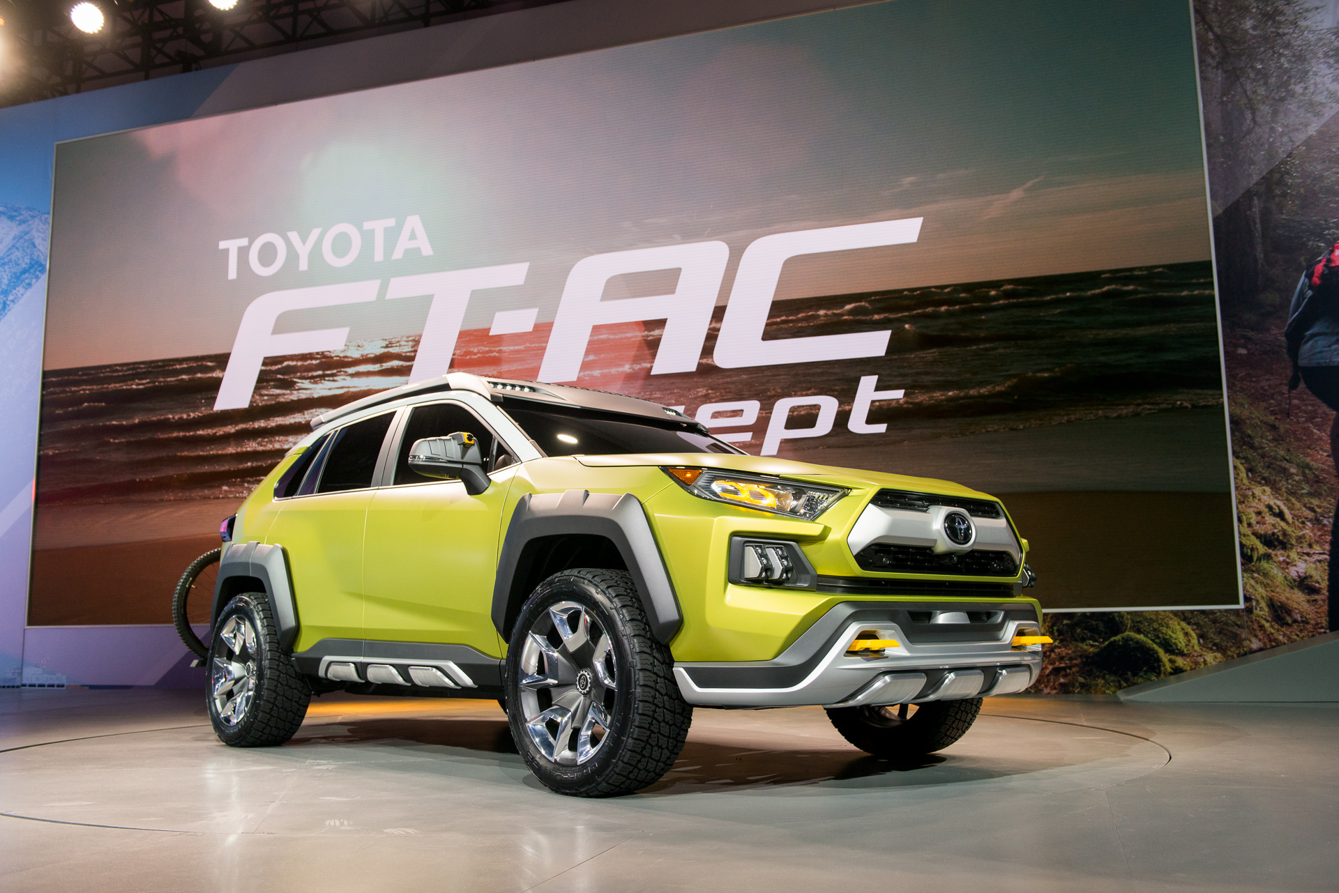 toyota ft ac off road concept debuts at 2017 la auto show. Black Bedroom Furniture Sets. Home Design Ideas