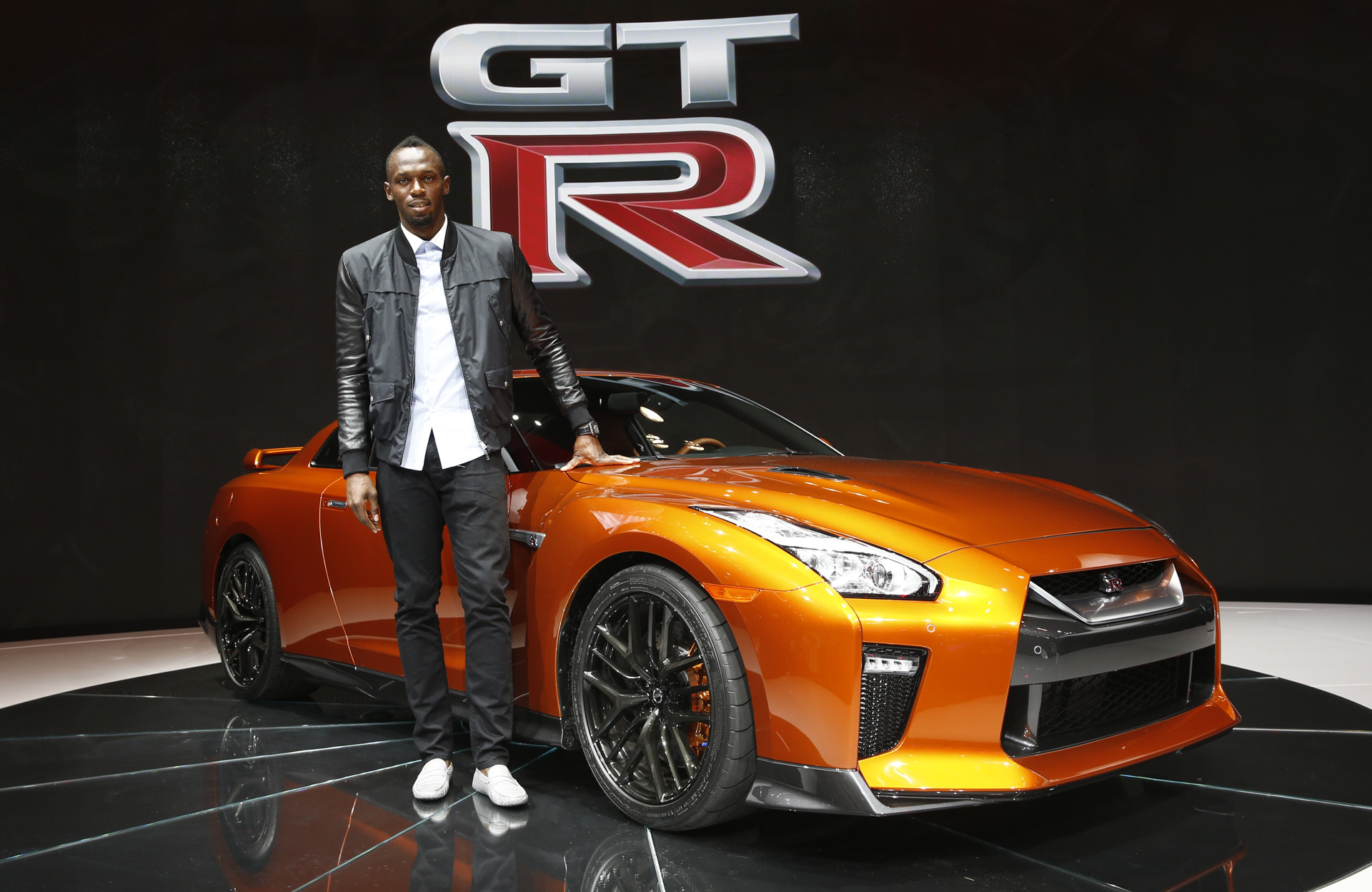 Usain Bolt Still A Fan Of The Nissan Gt R