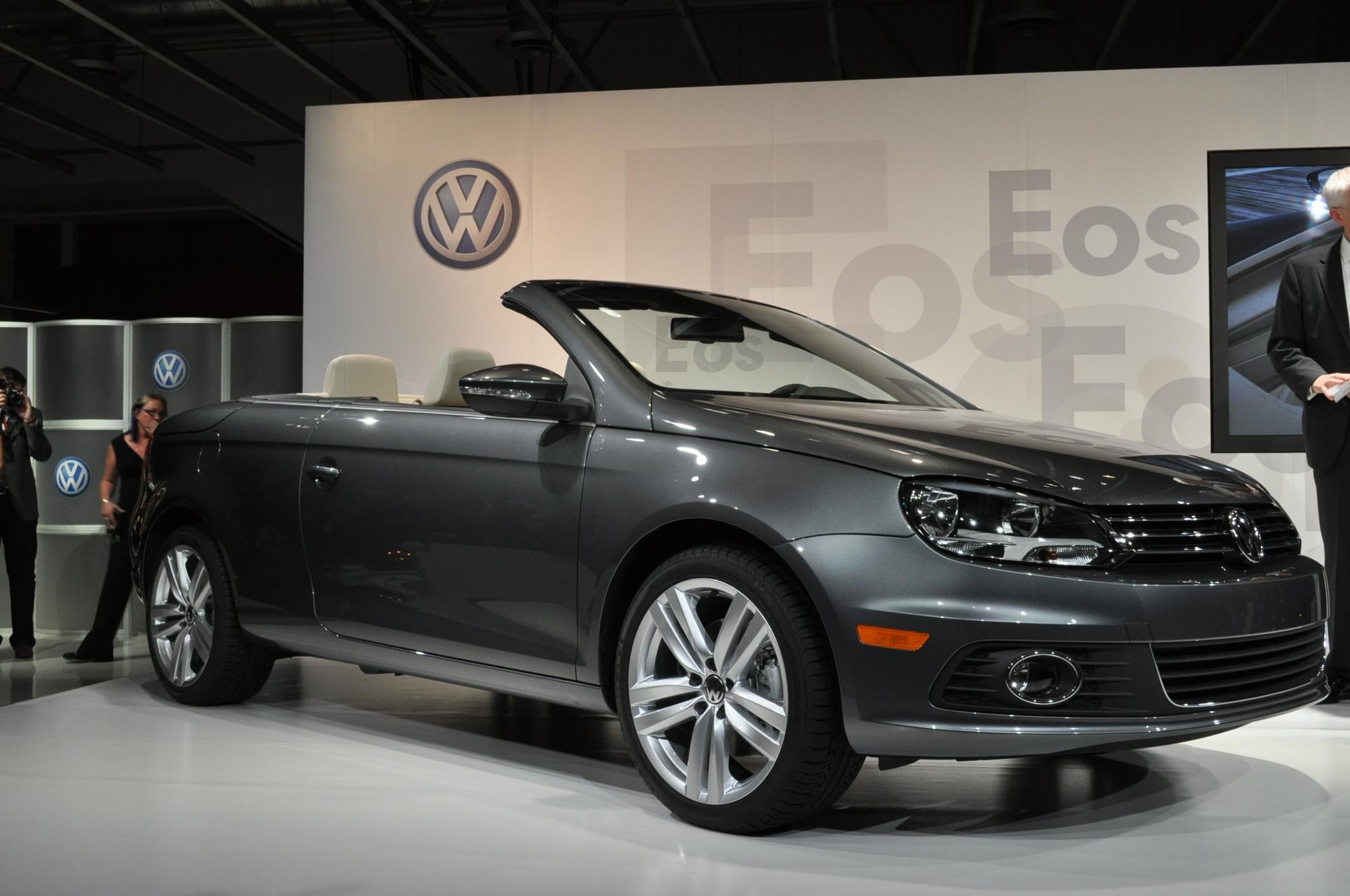 Los Angeles Auto Show Volkswagen Eos Live Photos - Eos car show