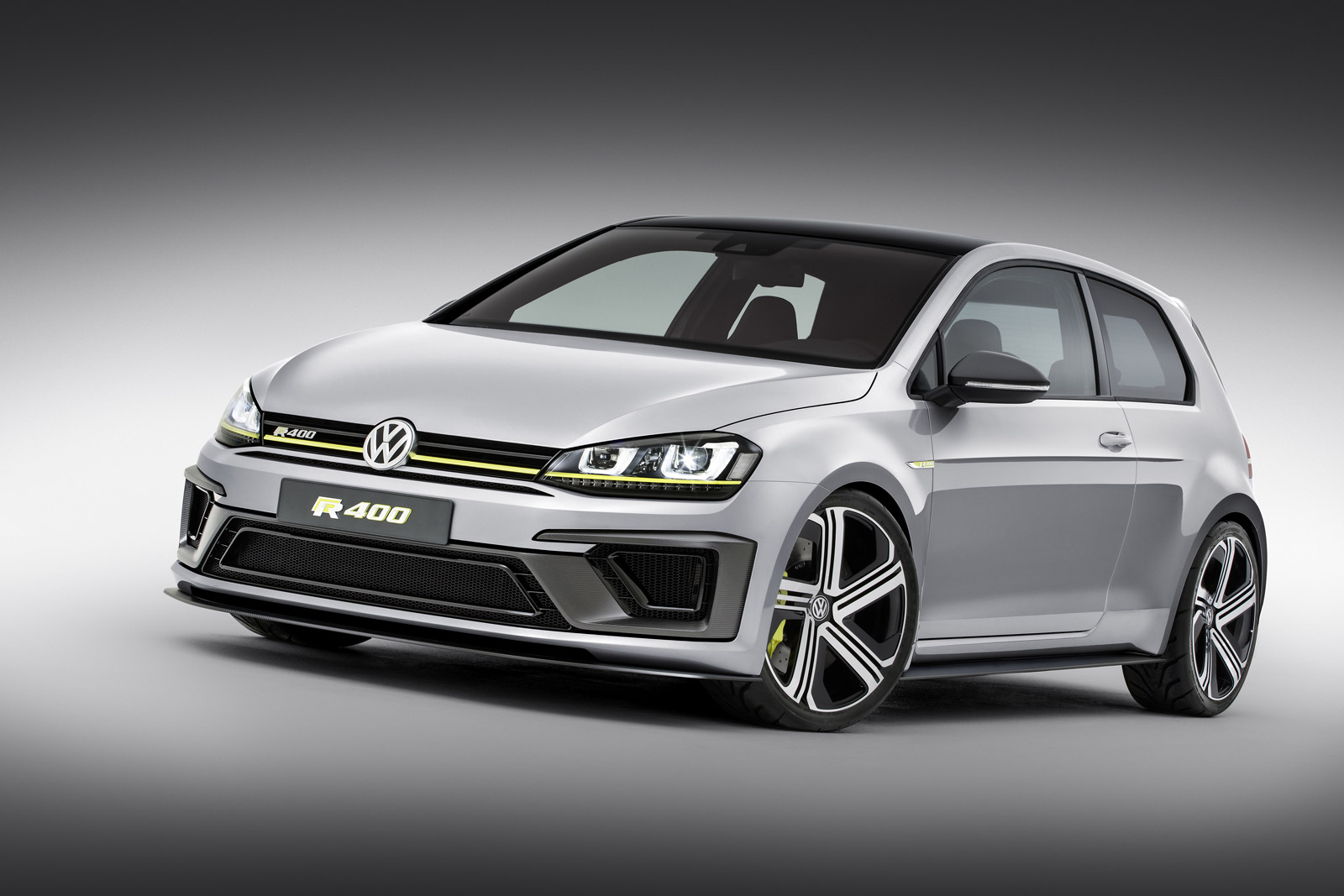e5a2e6d2d 400-horsepower VW Golf R reportedly back on the table