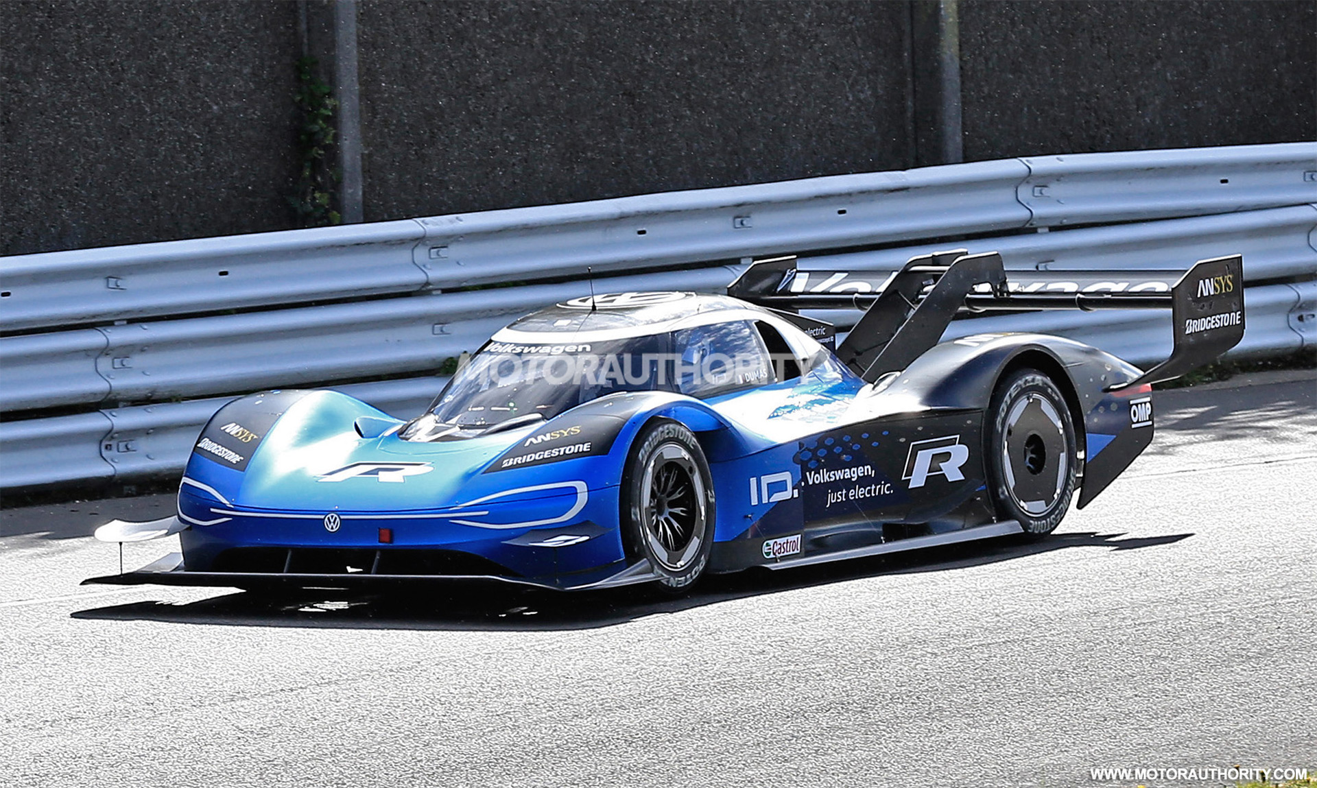 VW ID R completes first test at the 'Ring