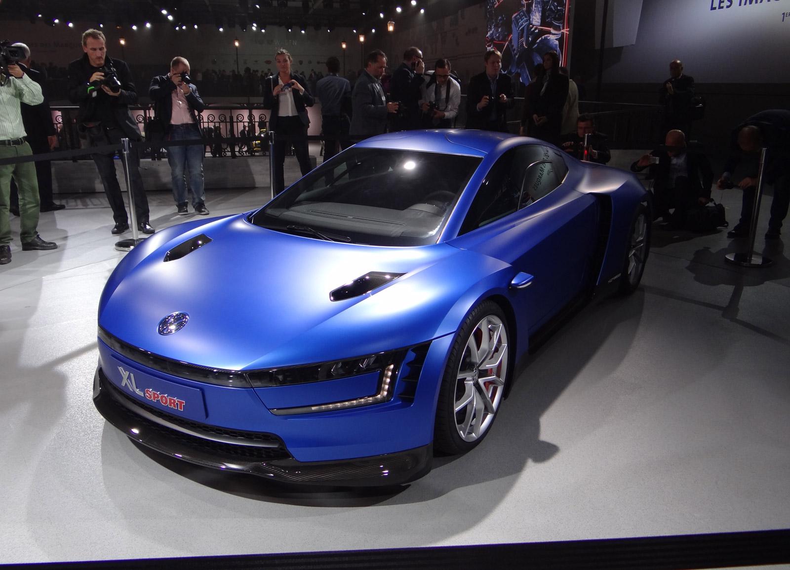 volkswagen xl sport concept  ducati power details    paris auto show