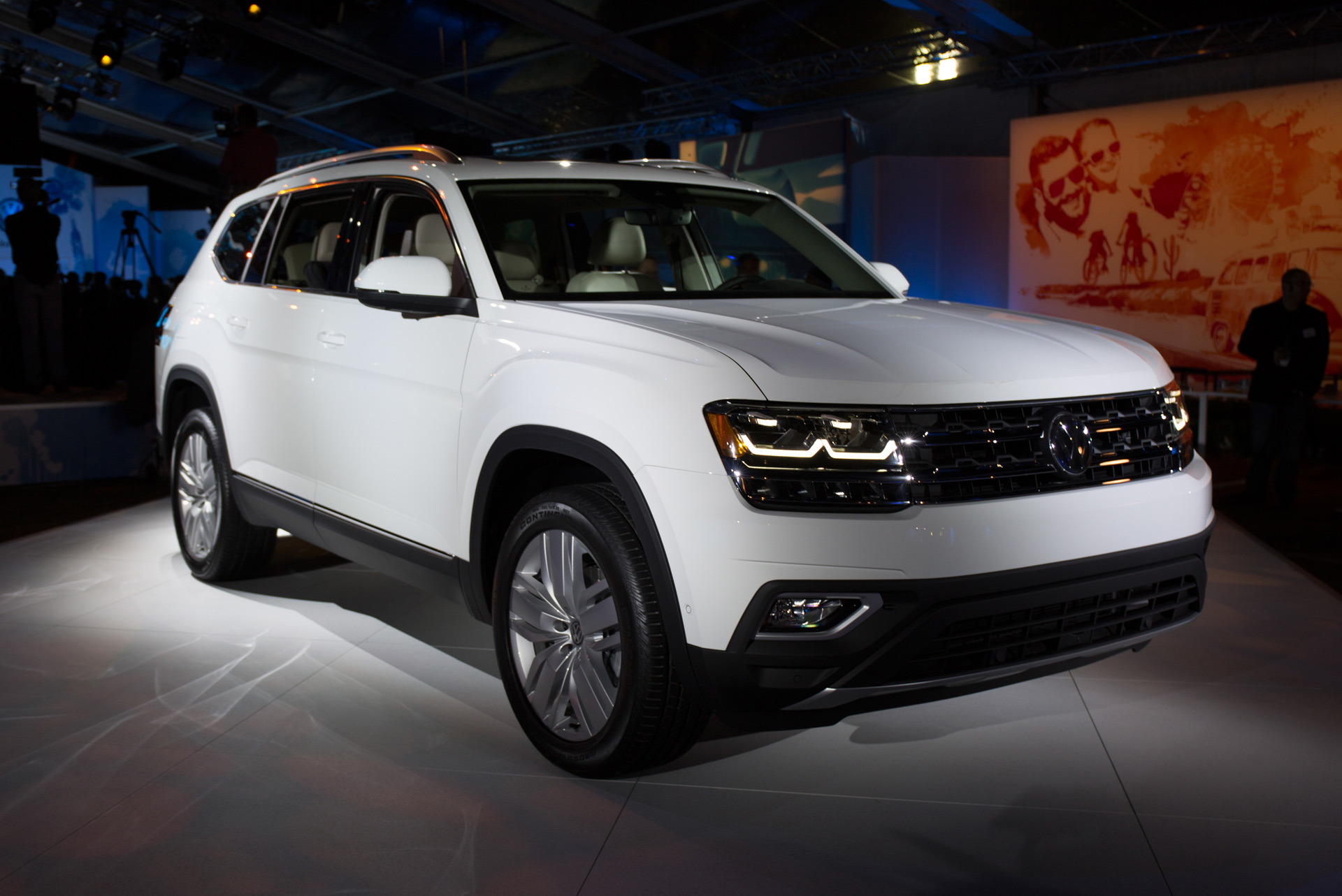 2018 Volkswagen Atlas first look