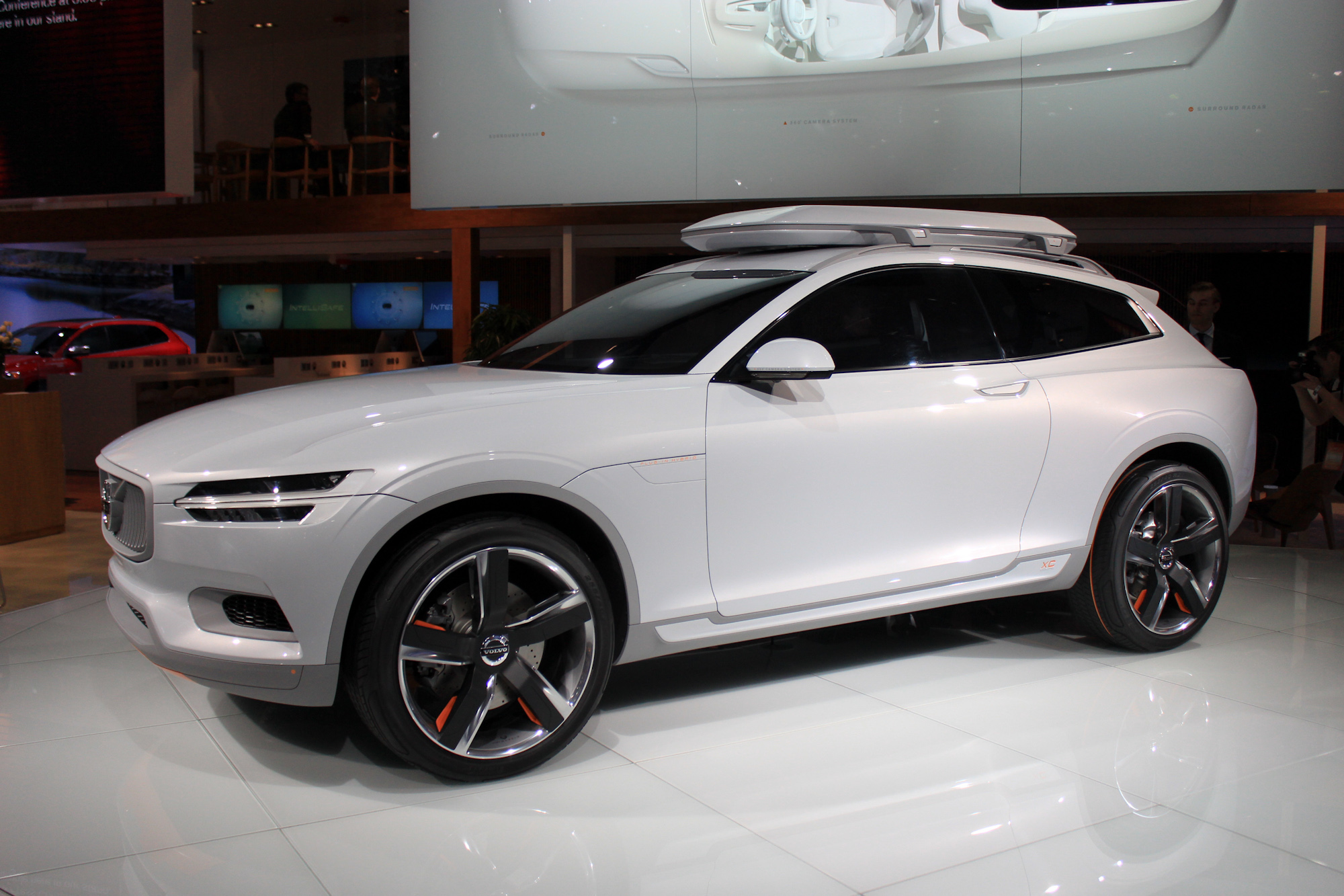 Volvo XC90 Plug-In Hybrid Could Enter Production By 2015