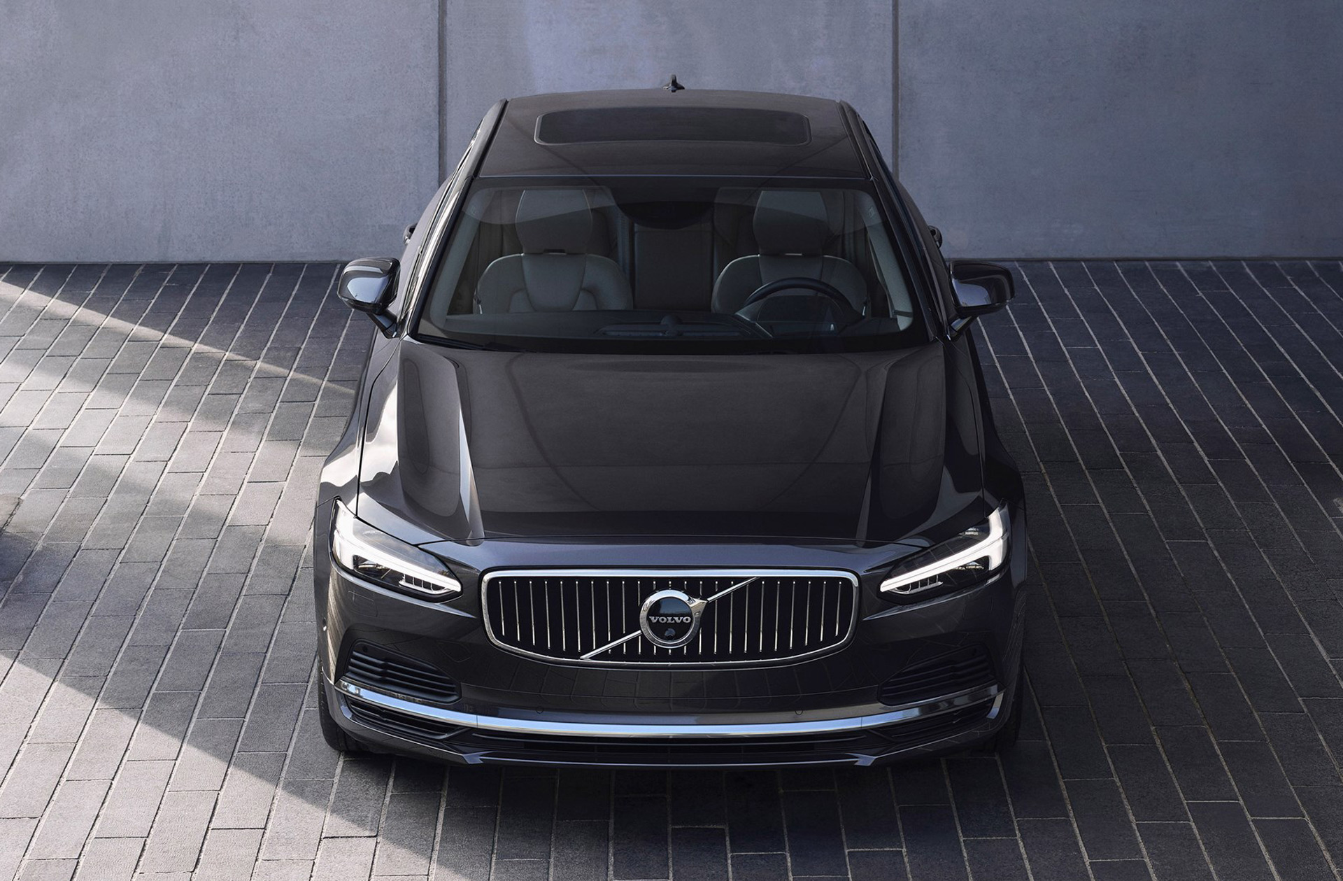 2021 volvo s90 and v90 receive updates including mild