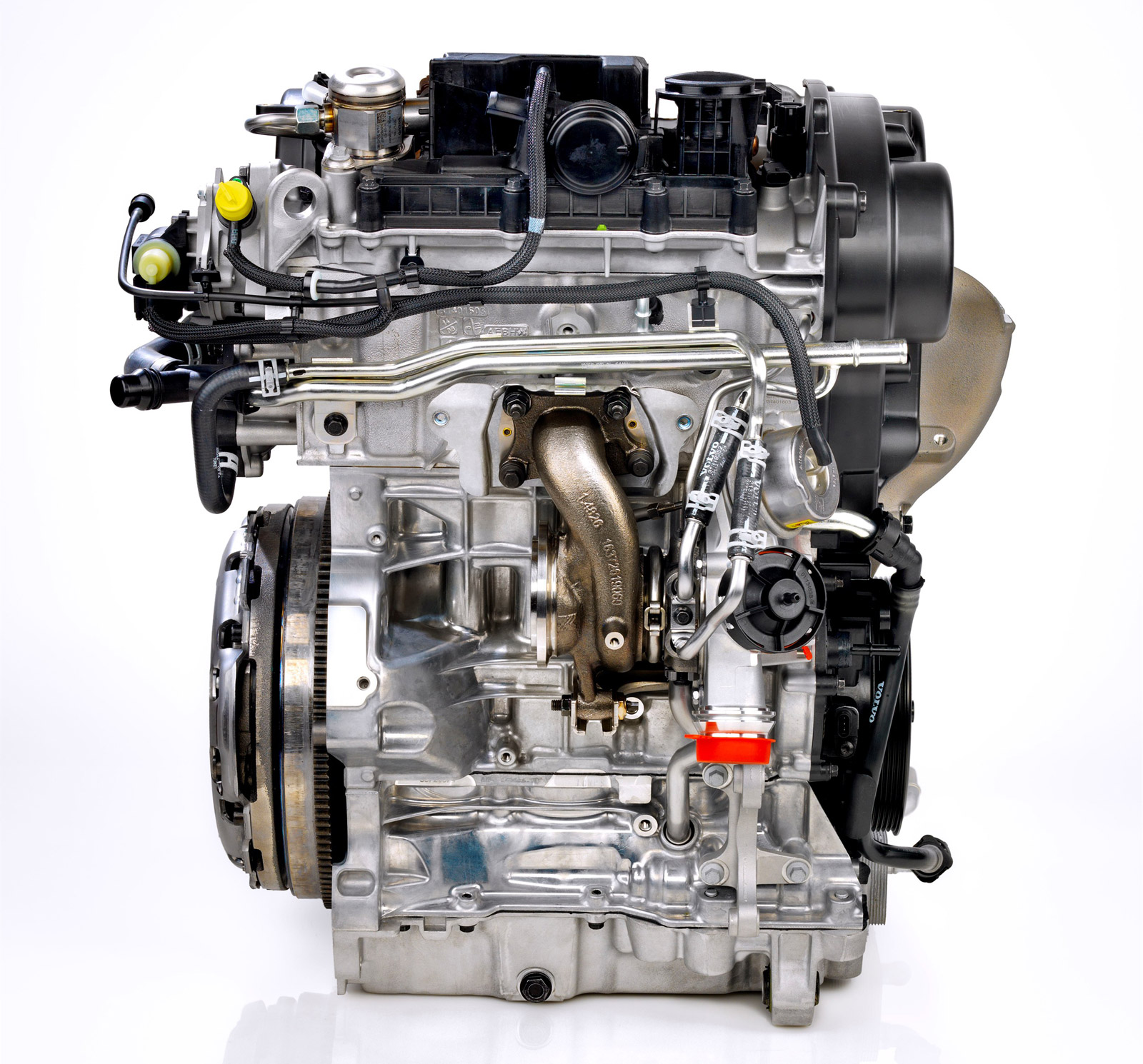 Volvo Reveals New Generation Five Cylinder D5 Diesel Engine: Volvo Reveals Three-Cylinder Engines, Promises Up To 180 HP