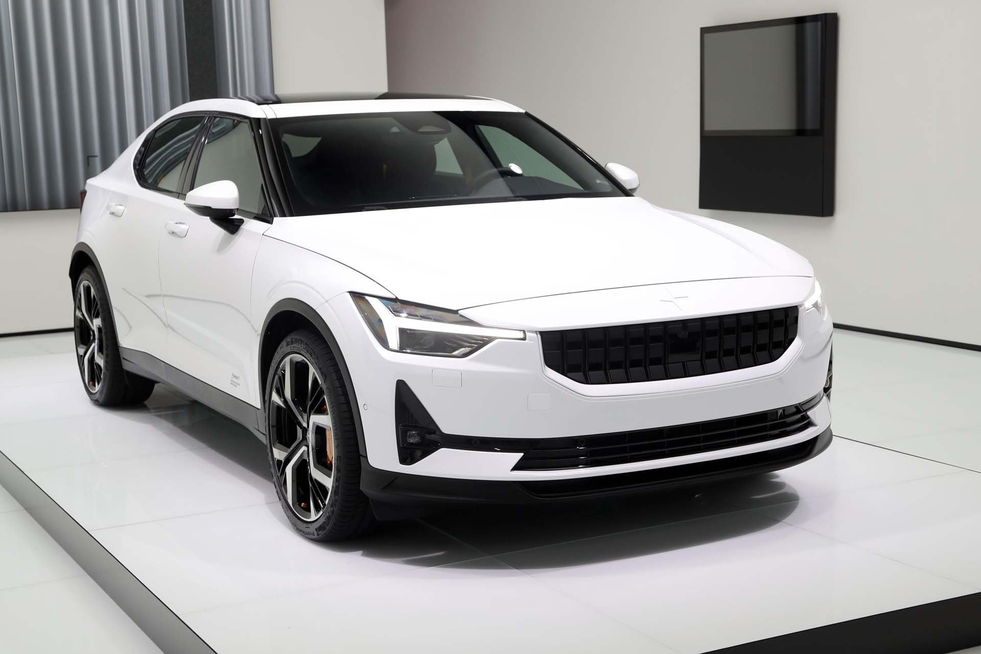 Volvo Taking On Tesla With Chinese Built Polestar 2 Electric Car Details And Photos