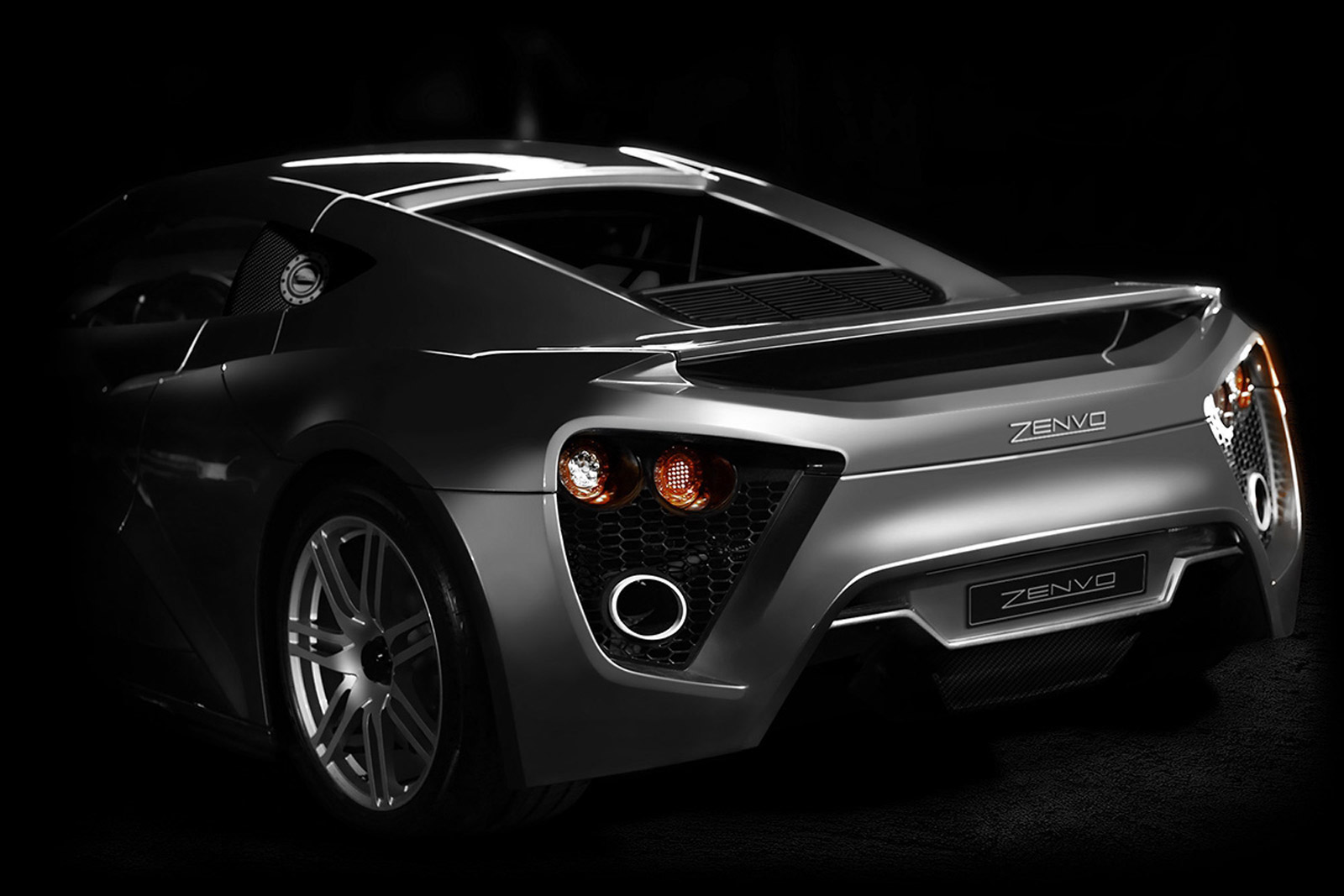 Zenvo ST1, 2015 Ford Focus, Alfa 4C Goodwood Run: Car News Headlines