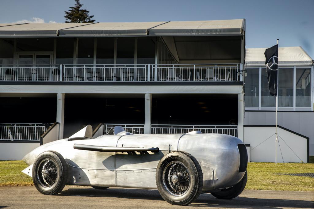 Watch Jay Leno drive the original Silver Arrow, the 1932 Mercedes-Benz SSKL